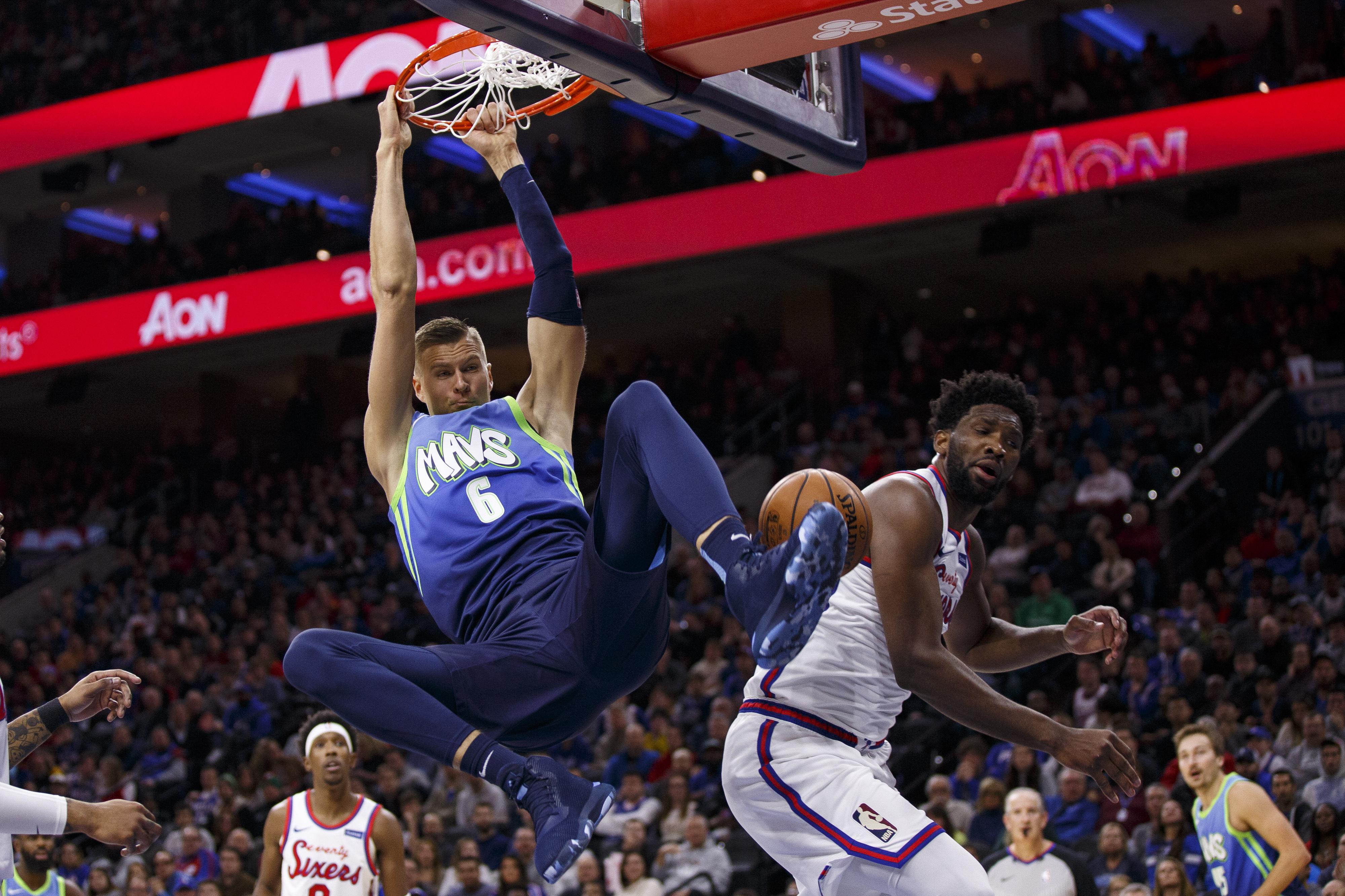 Porzingis leads short-handed Mavericks past 76ers 117-98
