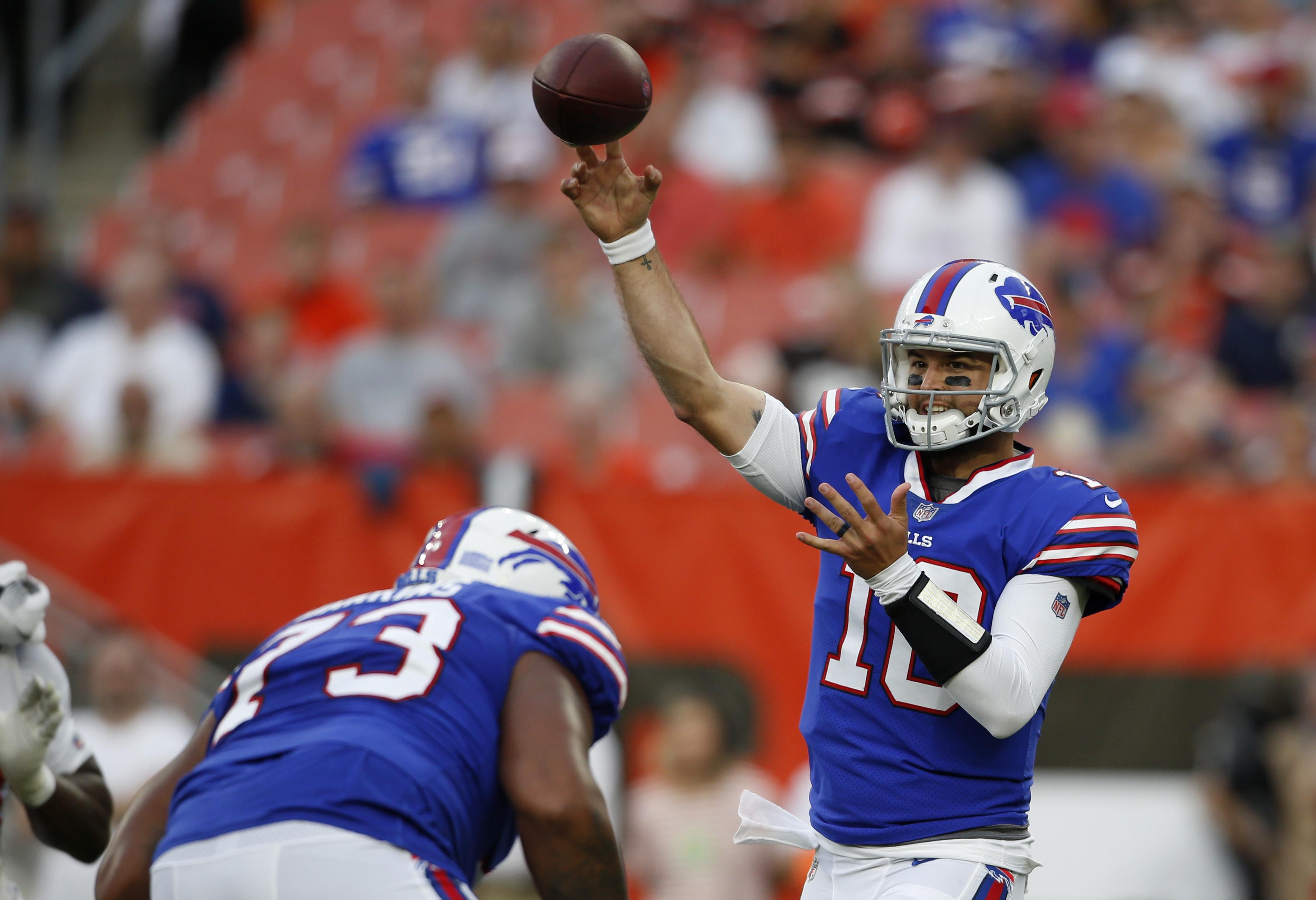 McCarron injured as Bills down Browns 19-17