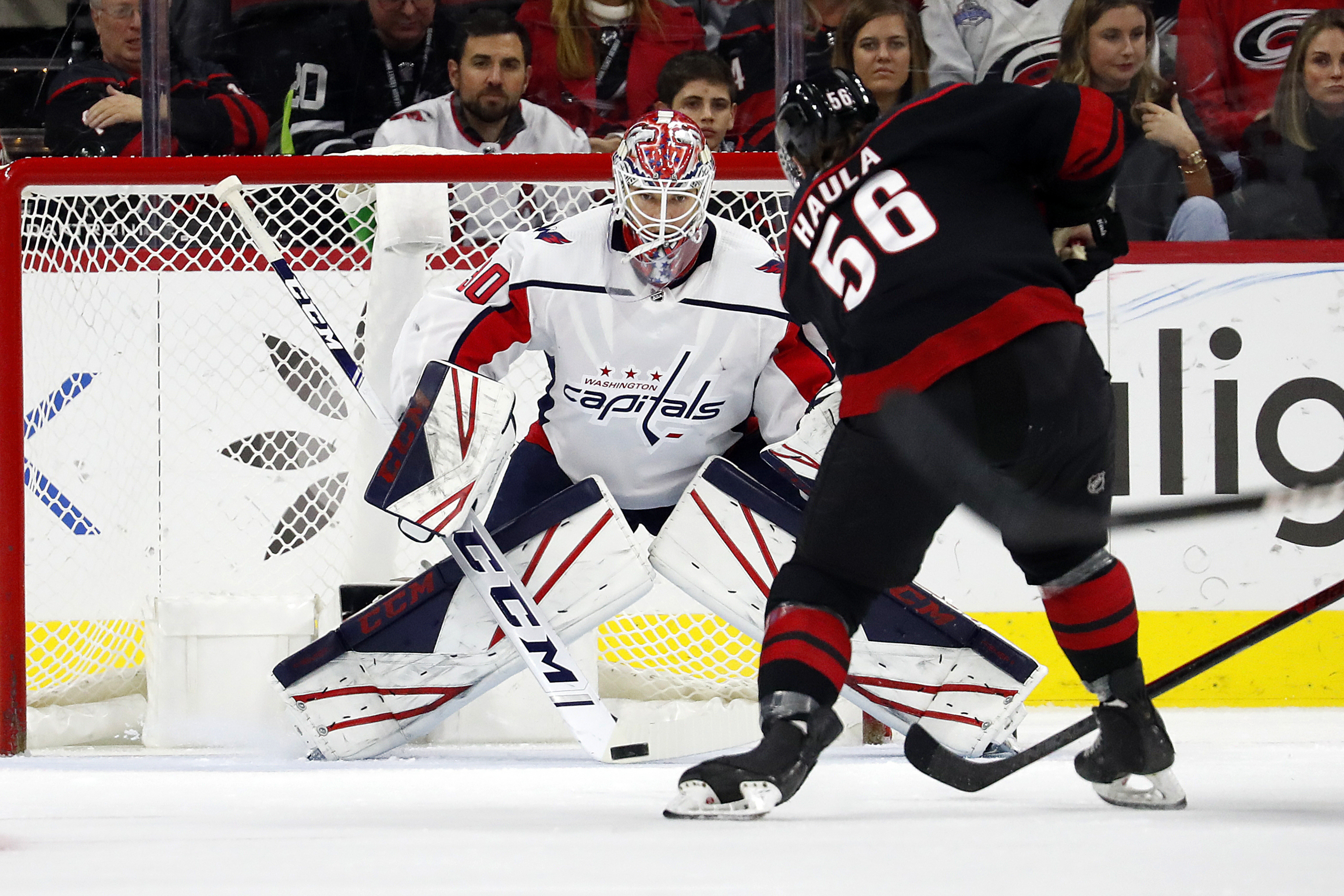 Capitals edge Hurricanes behind Samsonov's 38 saves