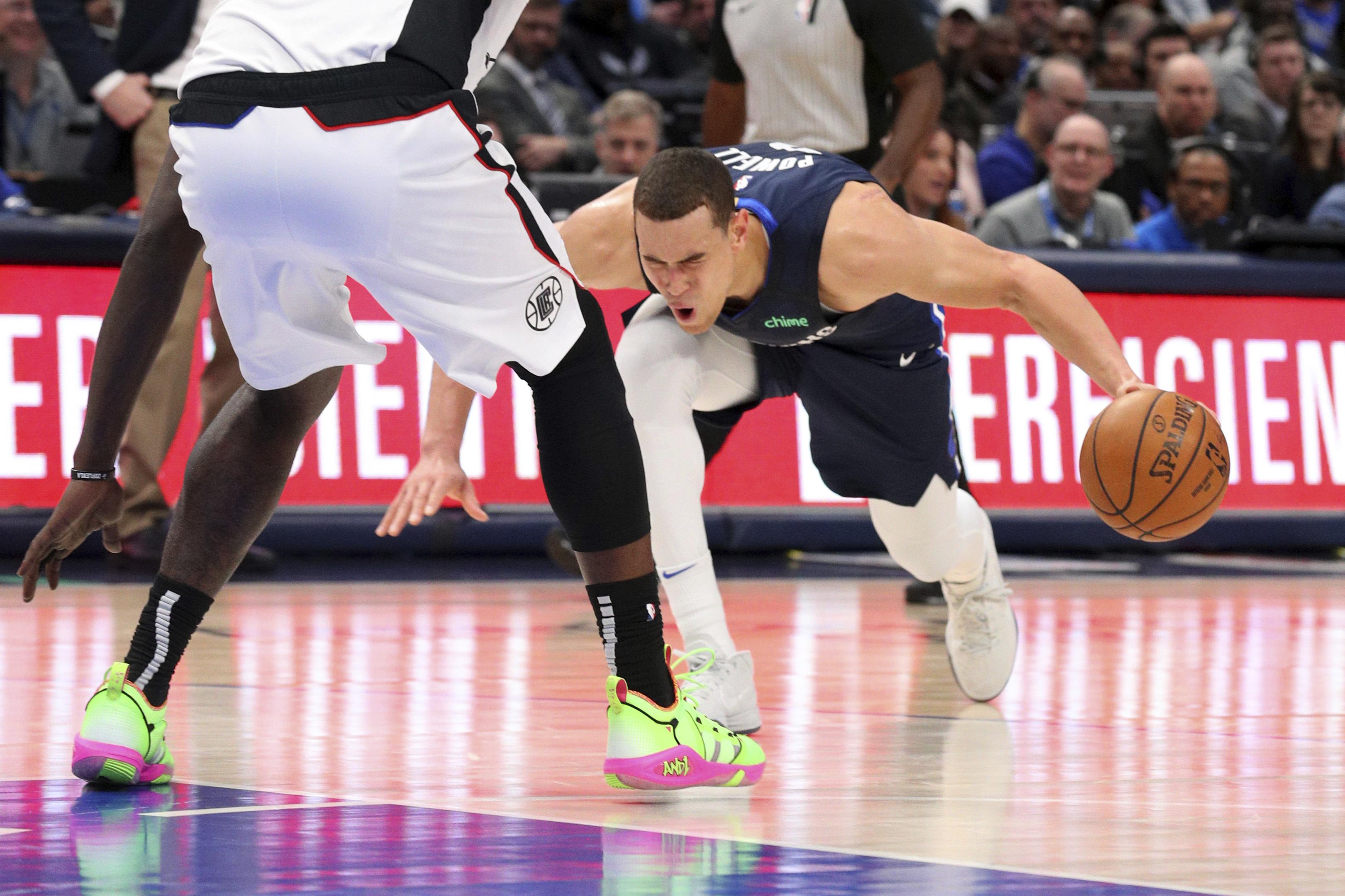 Mavericks fear 'severe' Achilles injury for center Powell