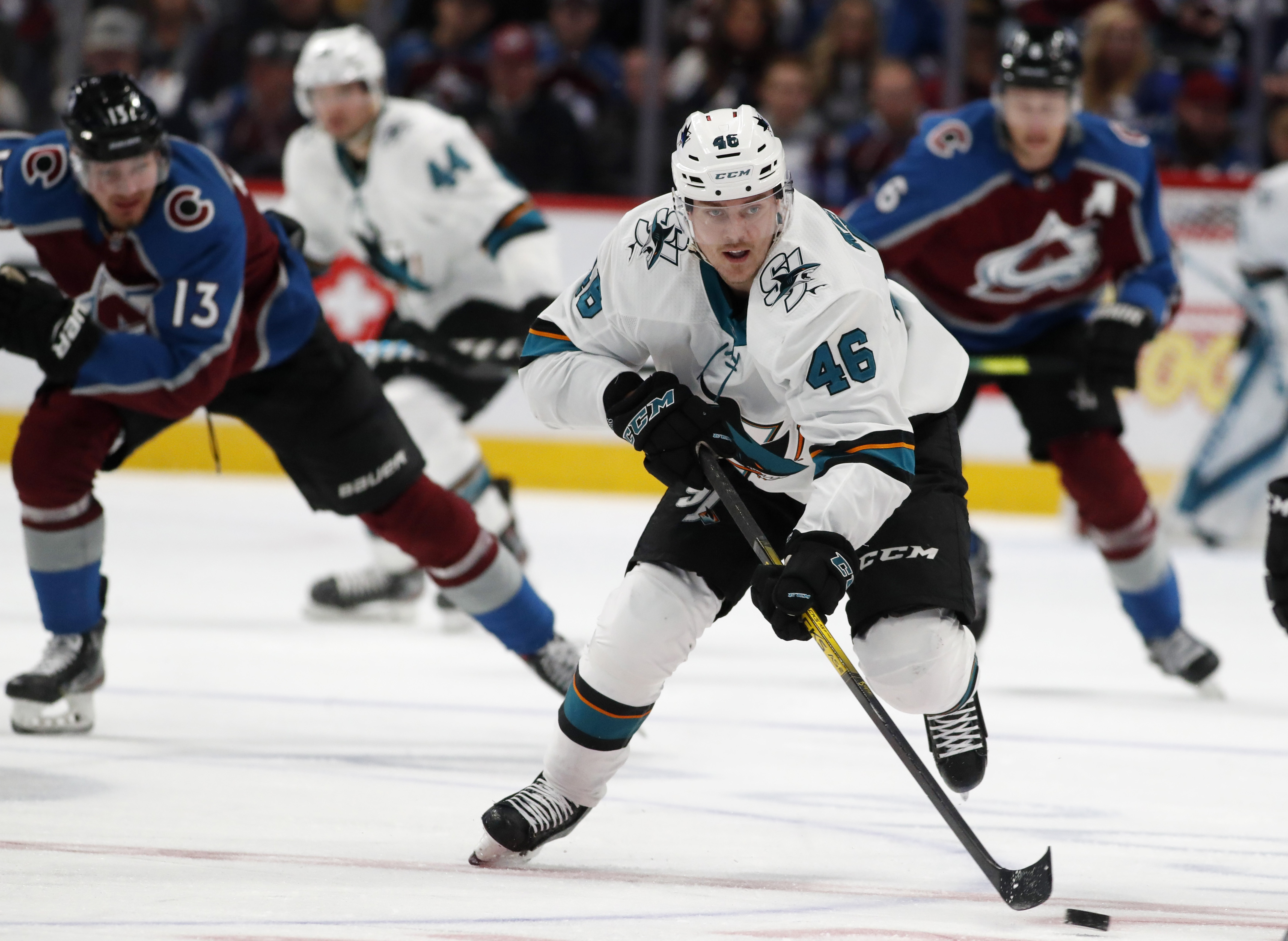 Grubauer makes 27 saves, Avalanche blank Sharks 4-0