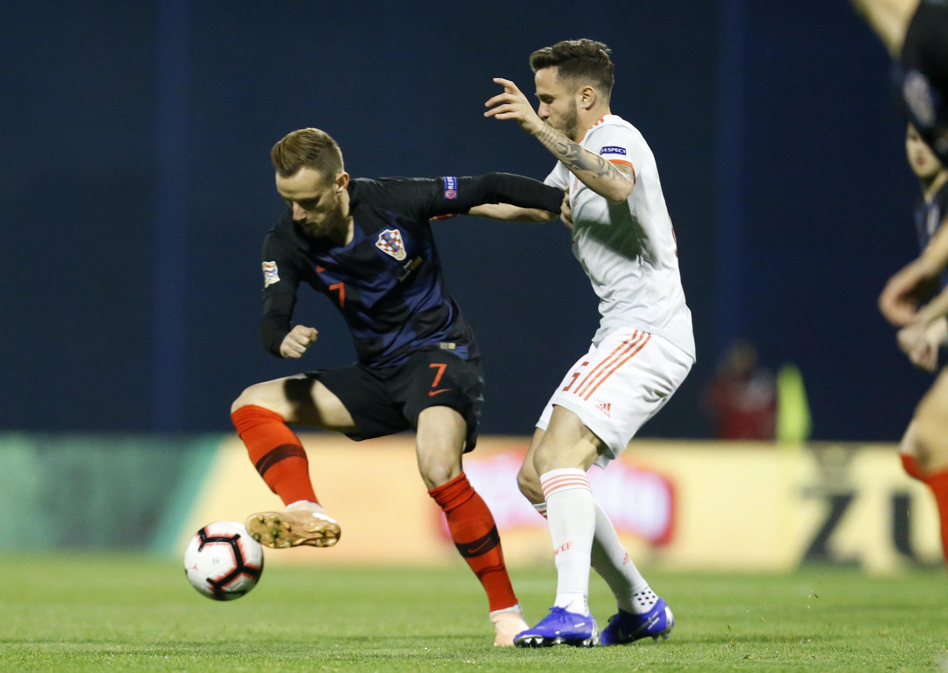 Croatia's Rakitic back at Barcelona with hamstring injury
