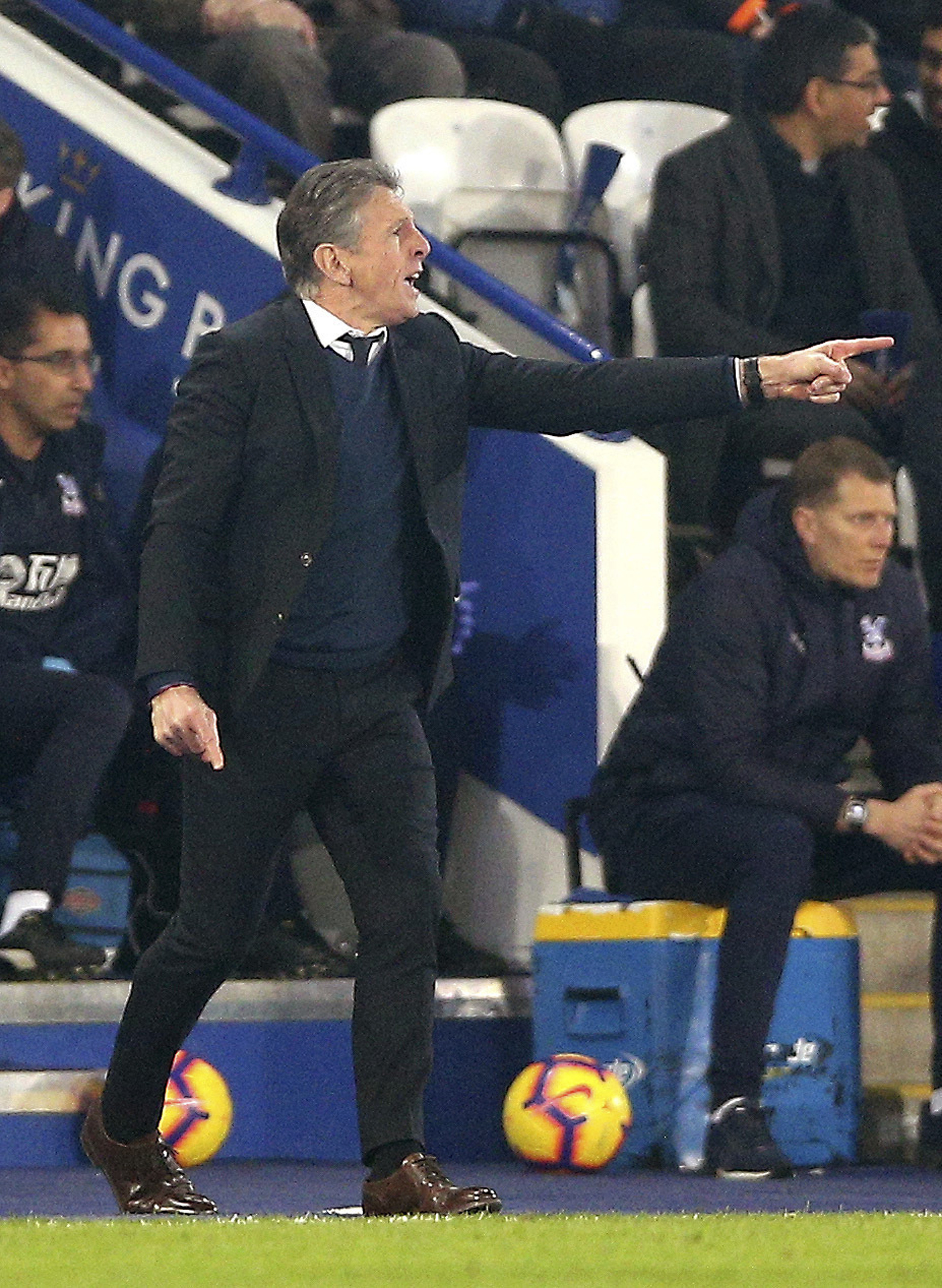 Struggling Leicester fires Puel after winless run
