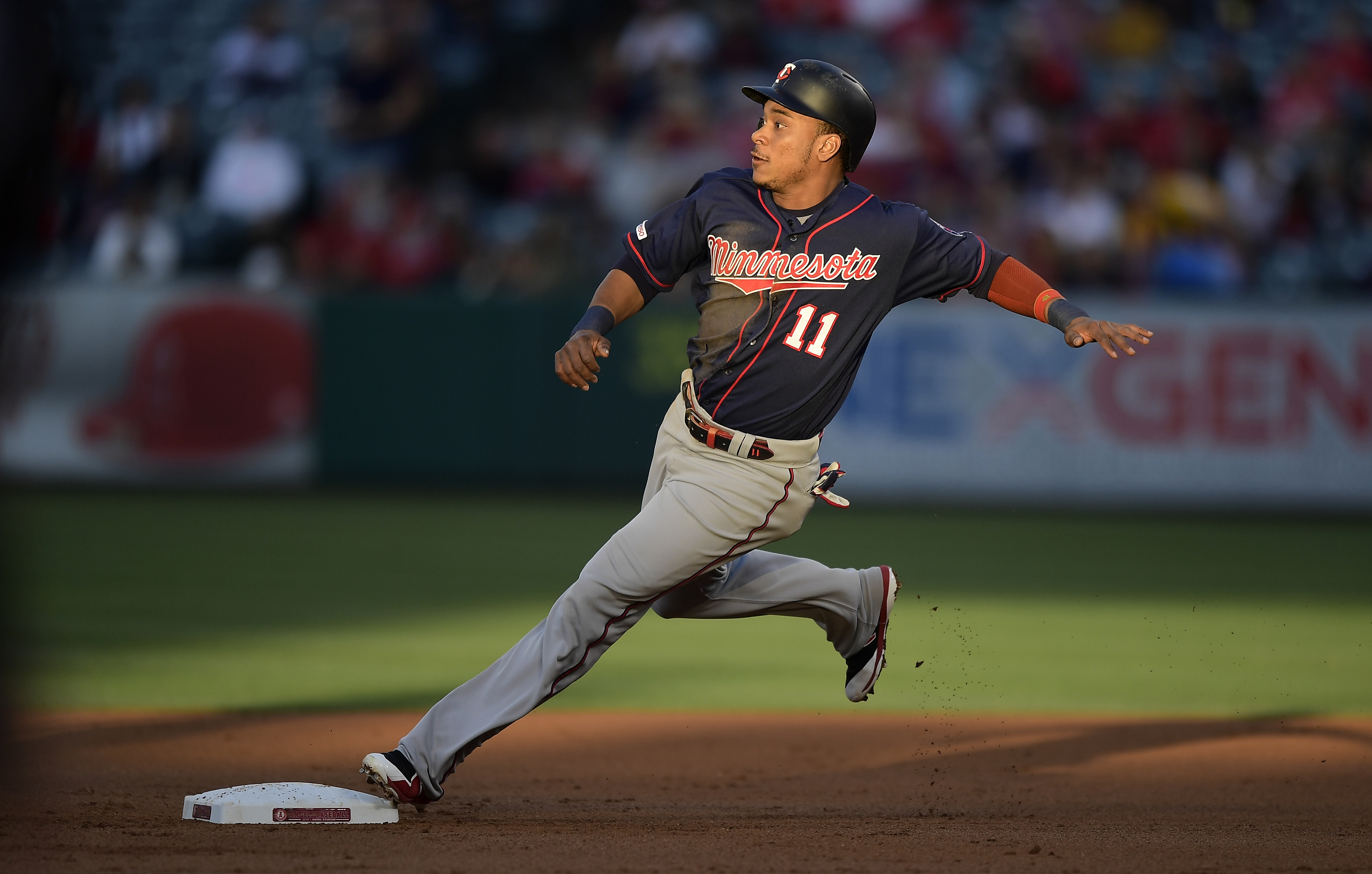 Sano's 2-run homer propels Twins over Angels 3-1