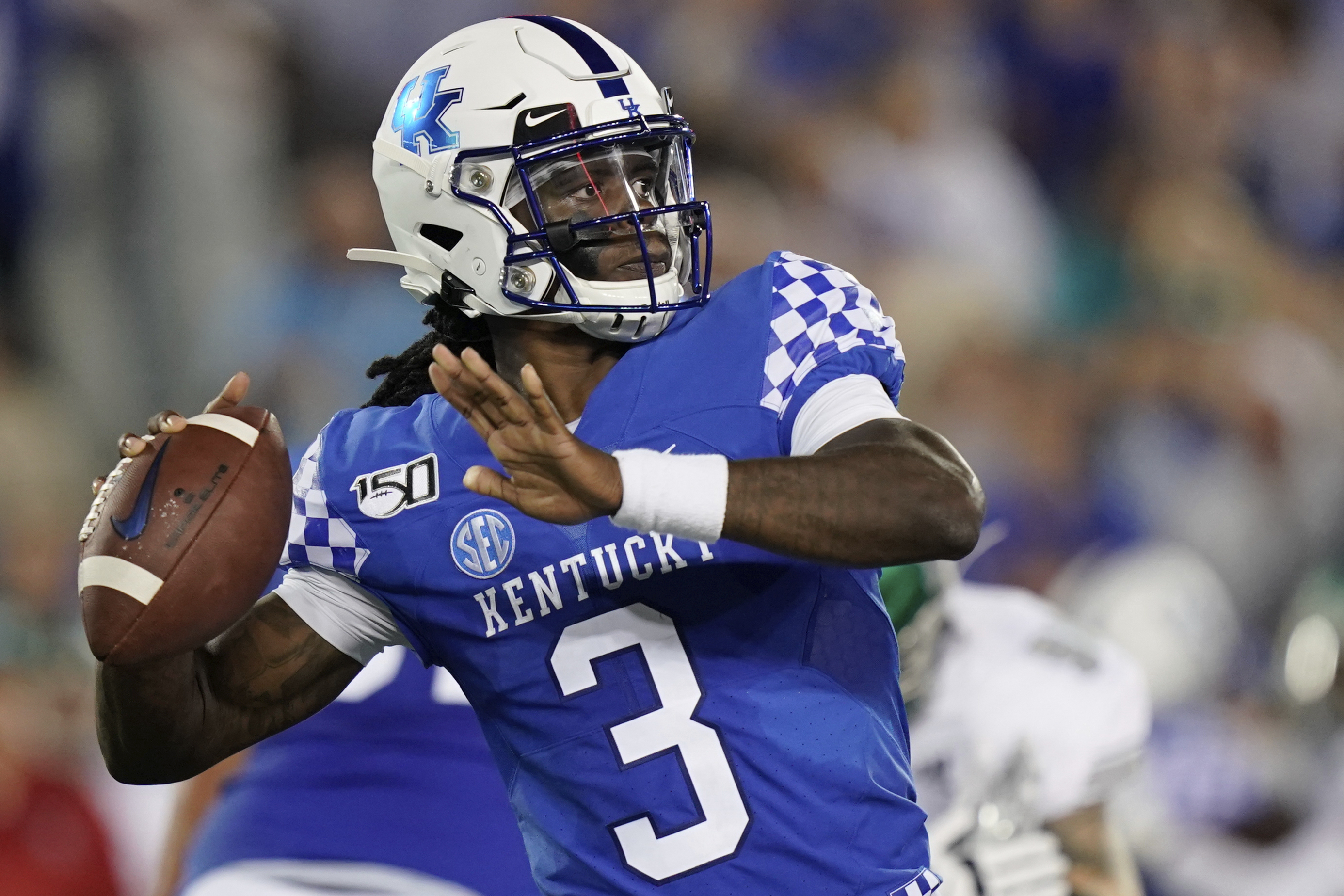 Kentucky QB Terry Wilson will have MRI on injured left knee