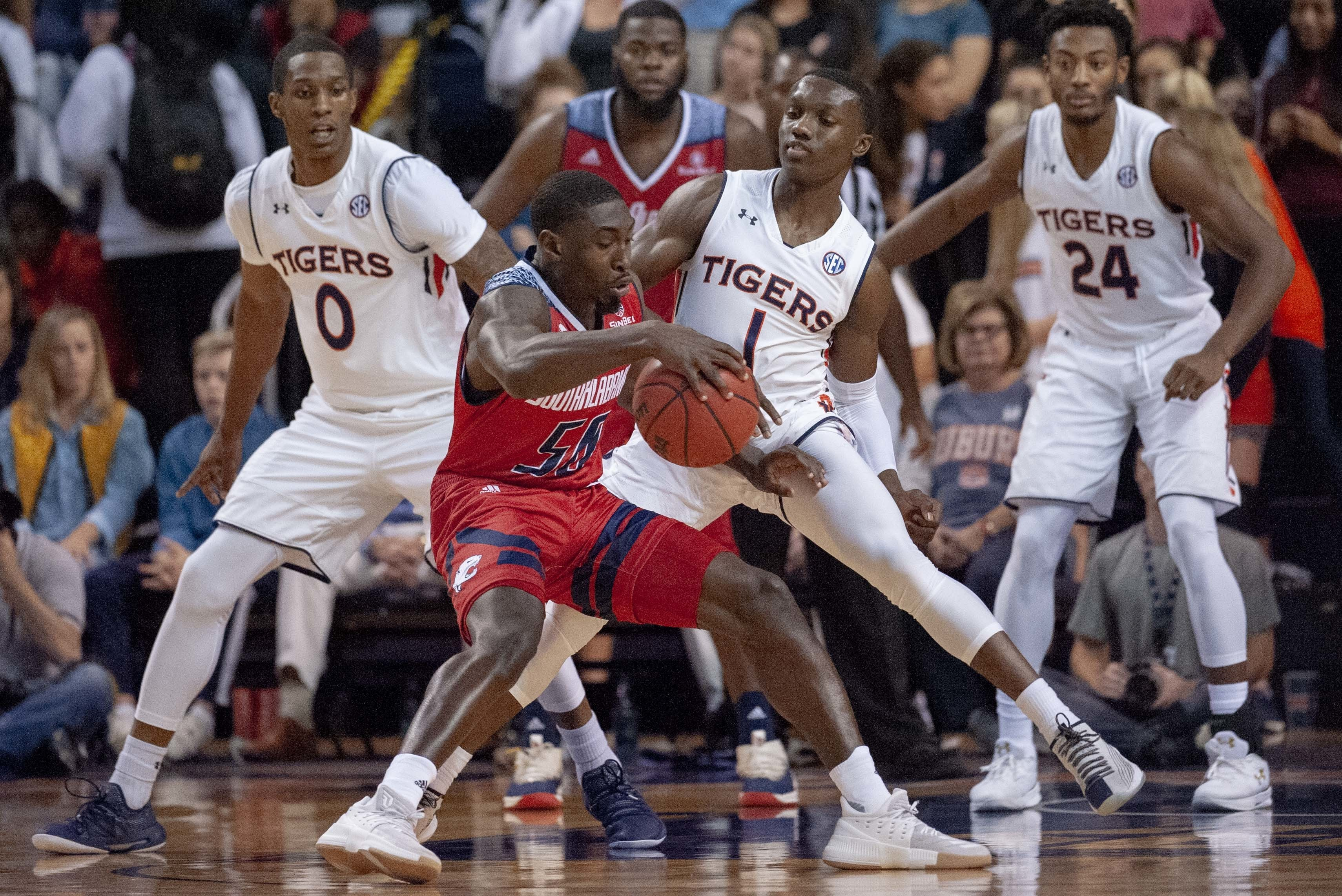 Harper leads No. 11 Auburn to 101-58 win over South Alabama