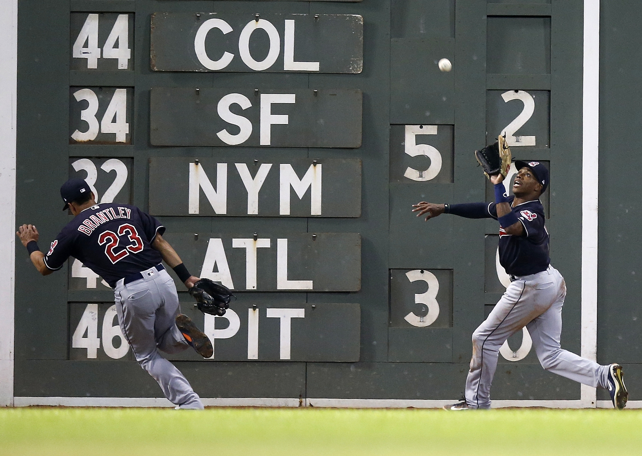 Allen makes 2 superb catches, Indians beat Red Sox 6-3