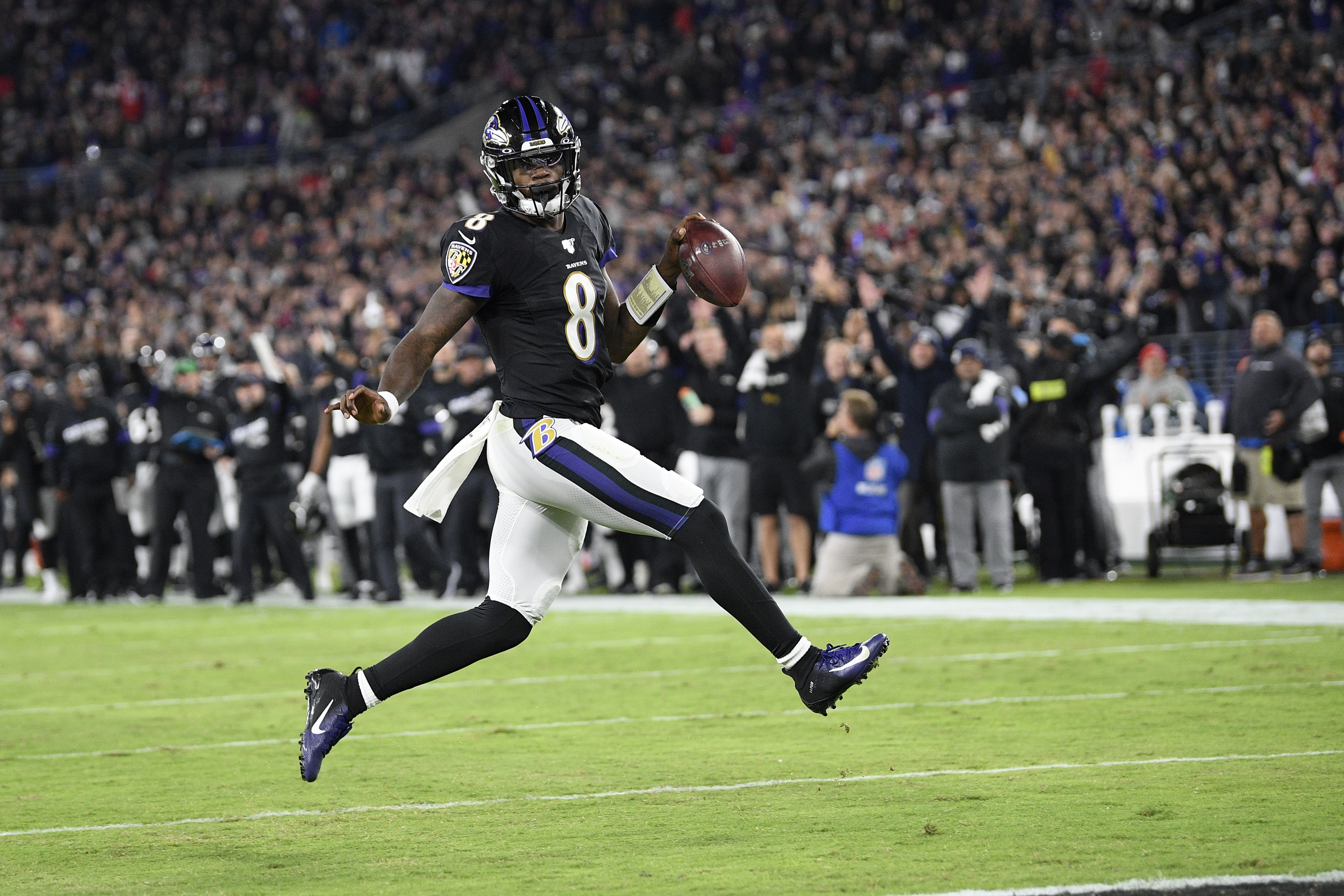Ravens' challenge: From Brady to Finley and winless Bengals