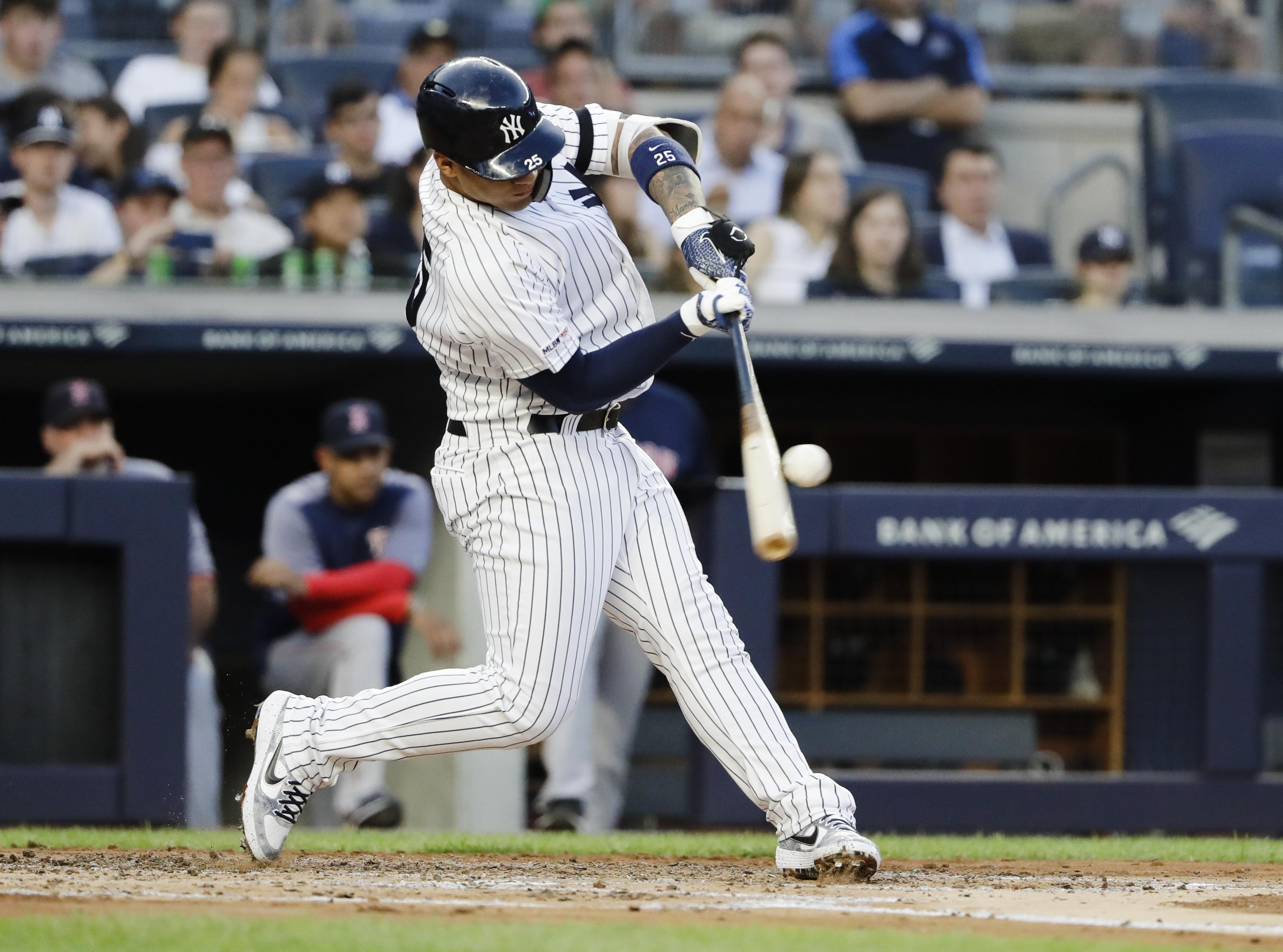 Gleyber Torres hits slam, Yankees beat Red Sox 4-2