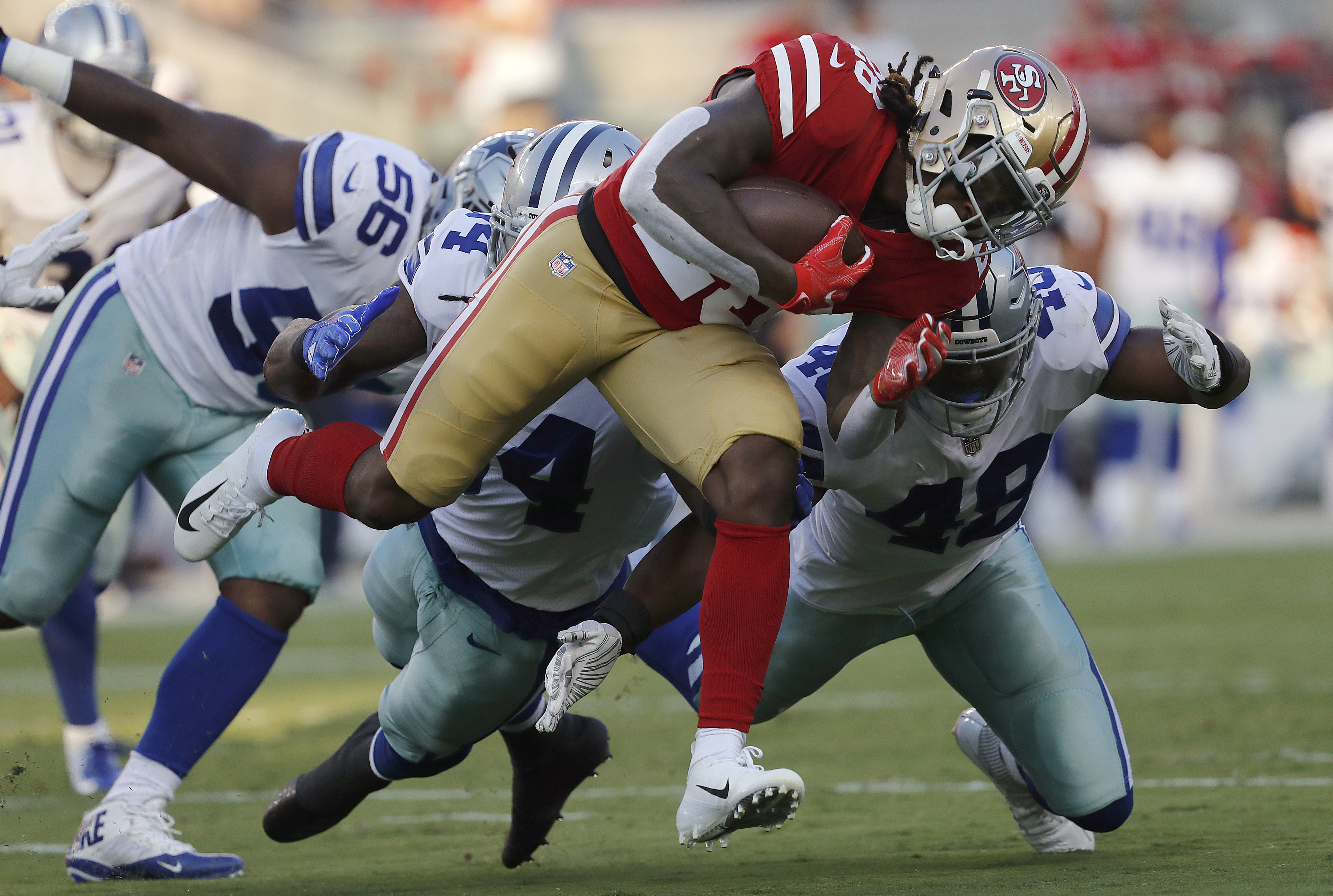 49ers 'nervous' about RB McKinnon's knee injury in practice
