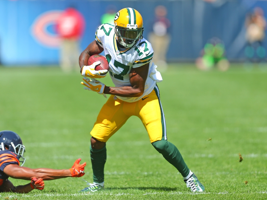 Fantasy Football: Start, sit advice for Packers-Bears meeting in Week 15
