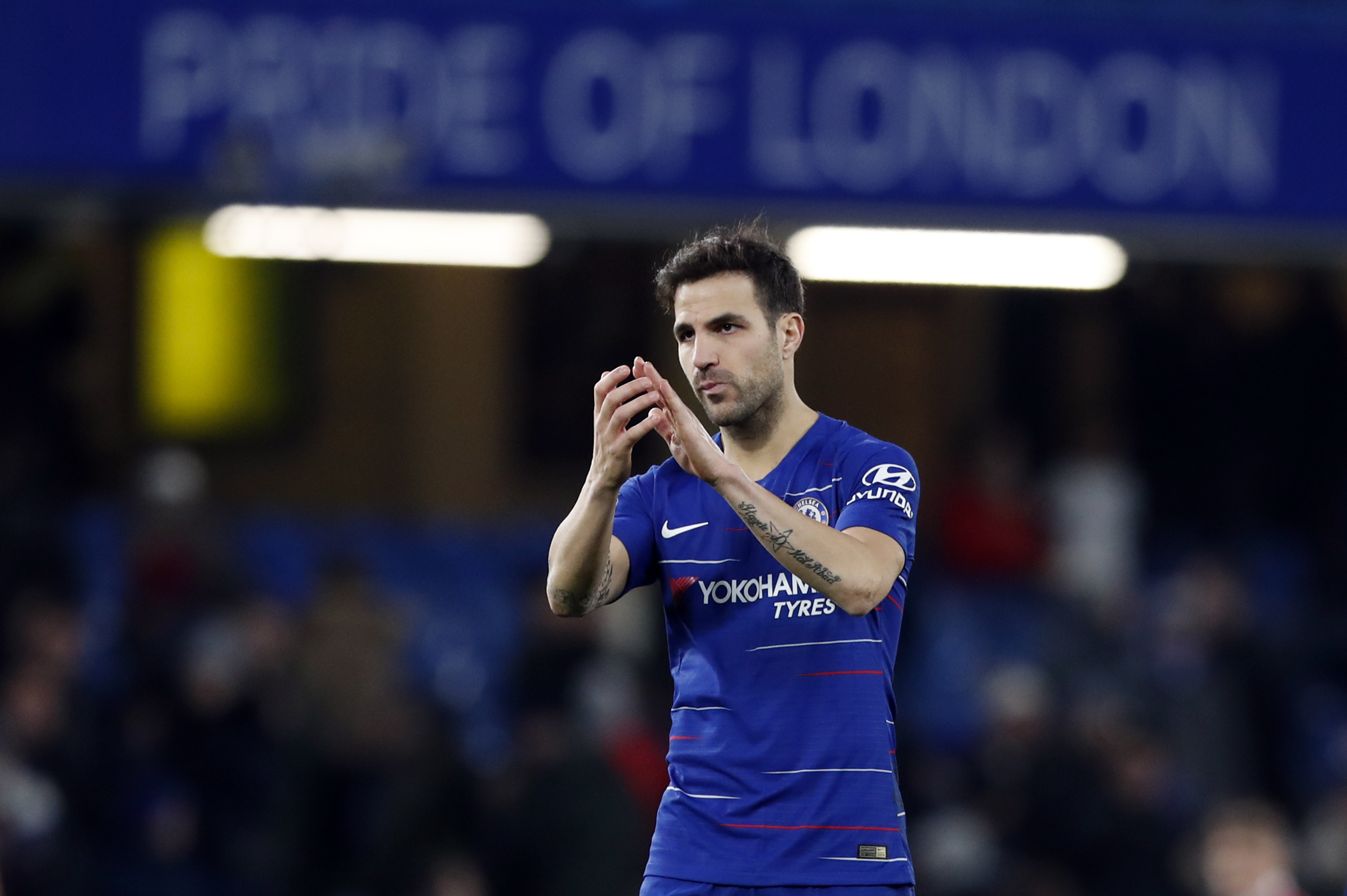 Fabregas says goodbyes as Chelsea advances in FA Cup