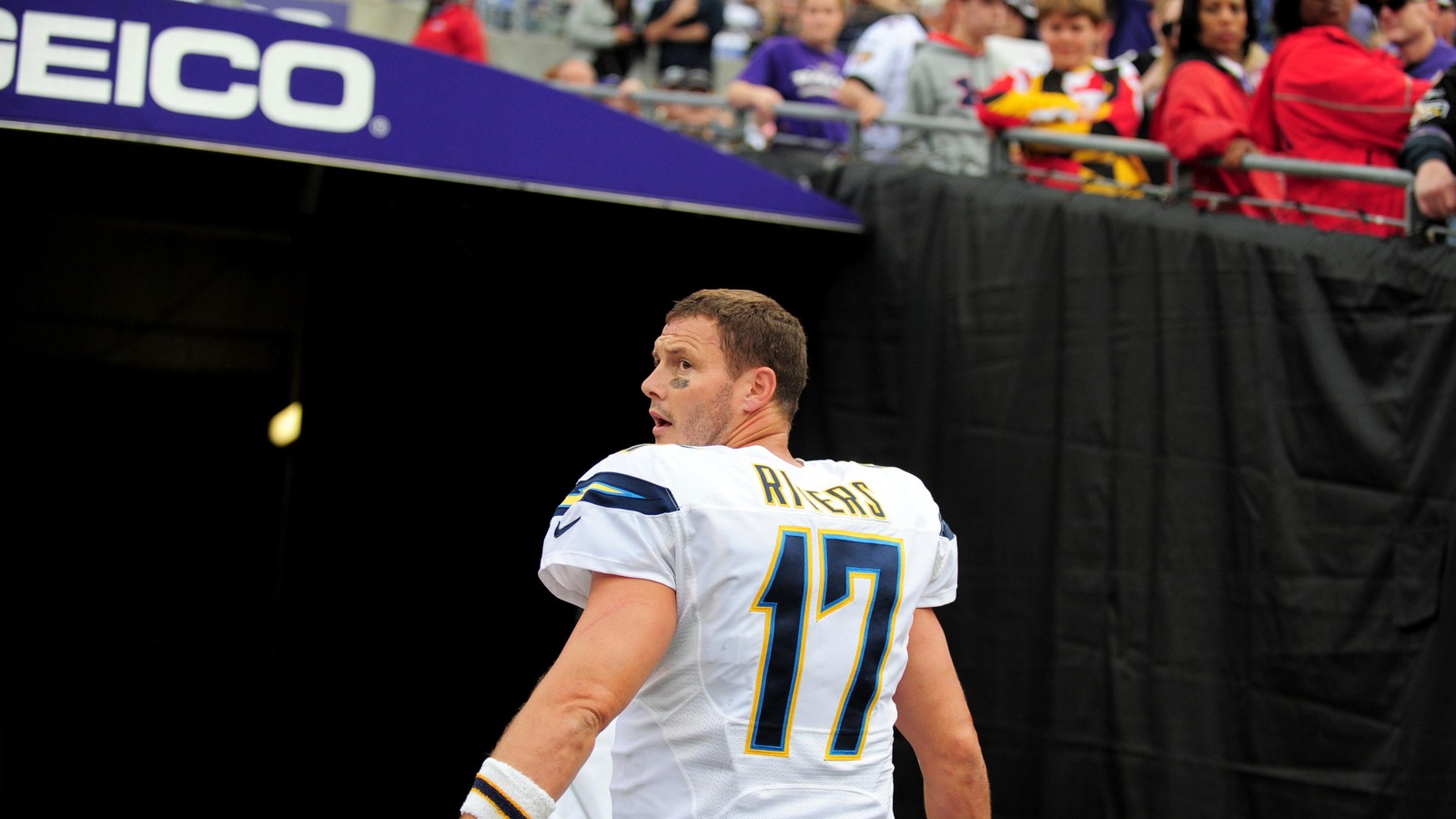 Chargers' Rivers set for another start despite flu bout