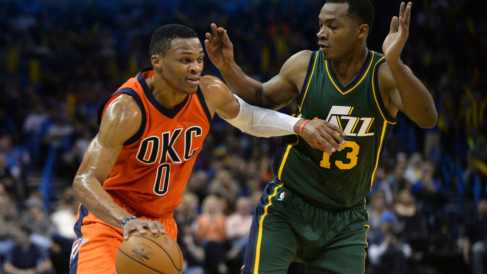 Westbrook, Durant lead Thunder over Jazz 94-90