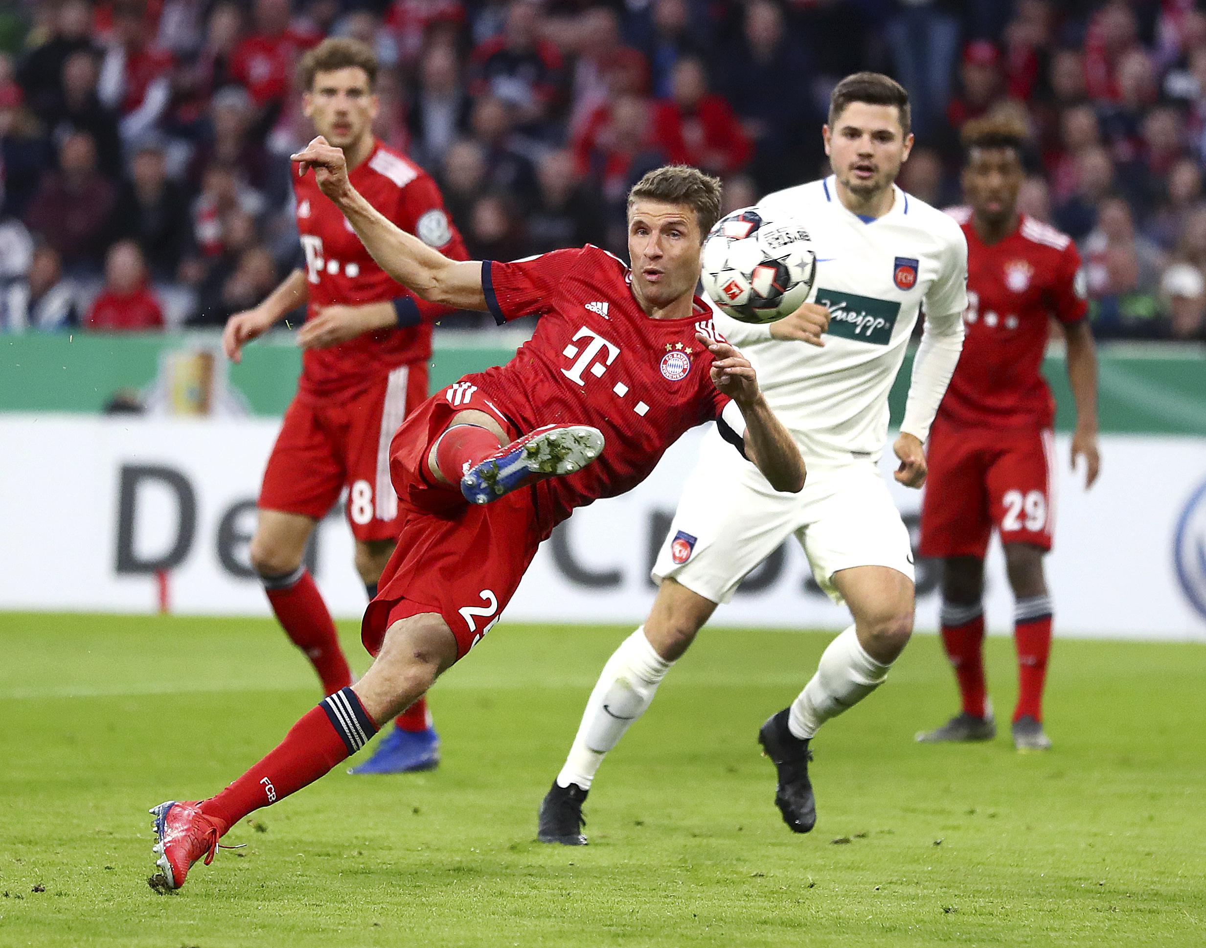 Lewandowski saves Bayern in 5-4 Cup win vs. Heidenheim