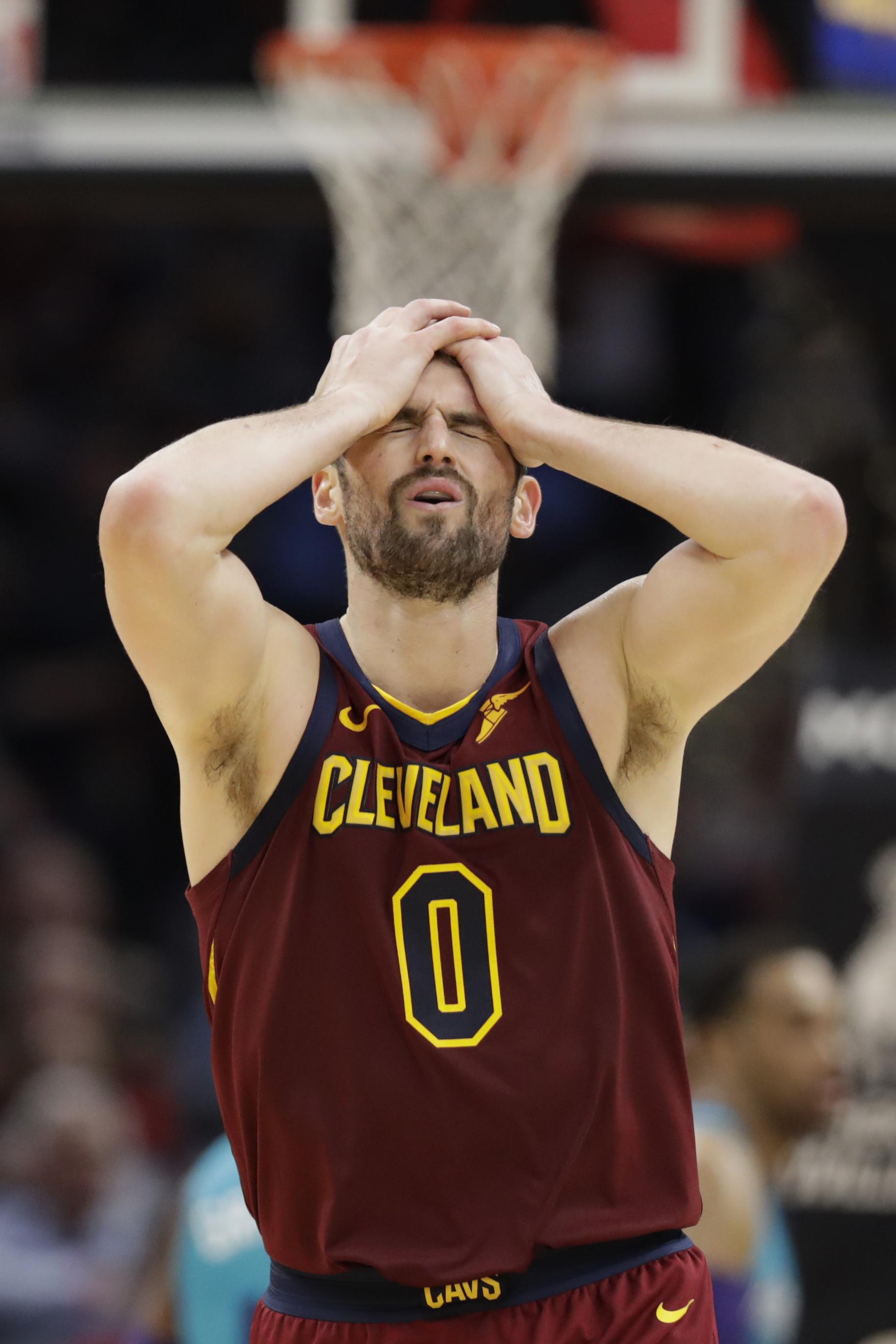 Graham breaks late tie, Hornets beat Cavaliers 109-106