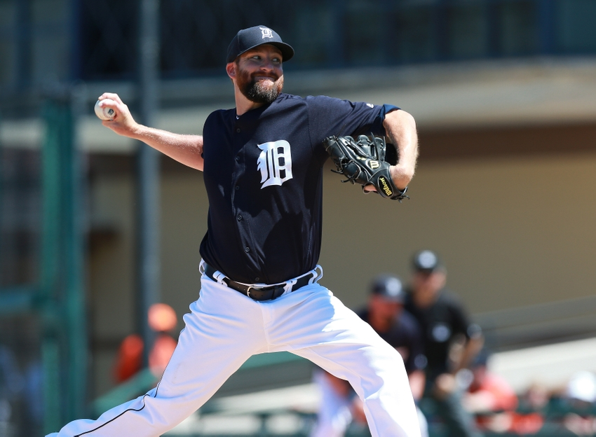 KC Royals Sign Jonathan Sanchez And Bobby Parnell