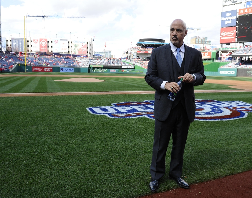 Why are Washington Nationals fans doubting Mike Rizzo?
