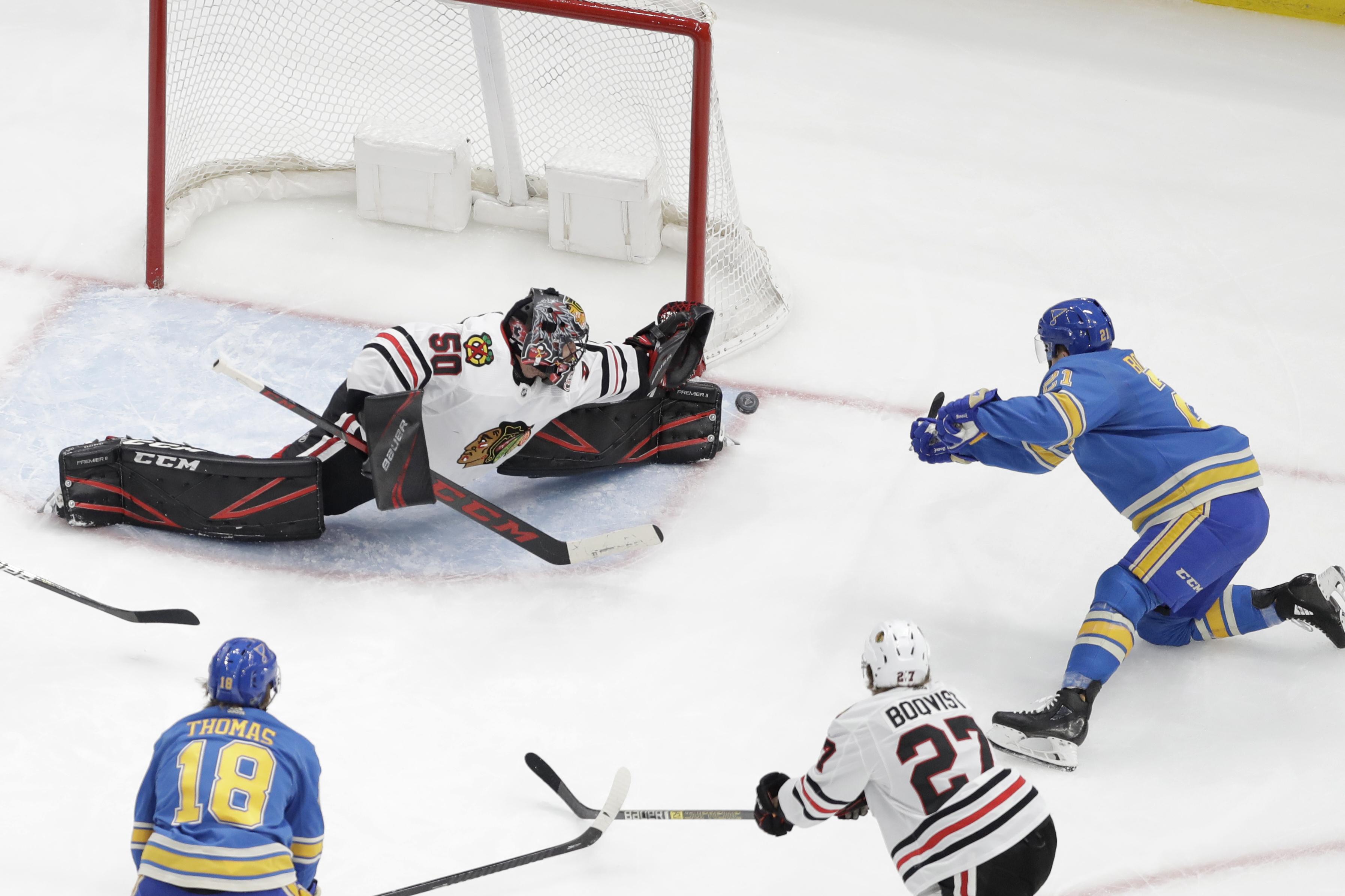 De la Rose, Faulk rally Blues to 4-3 win over Blackhawks