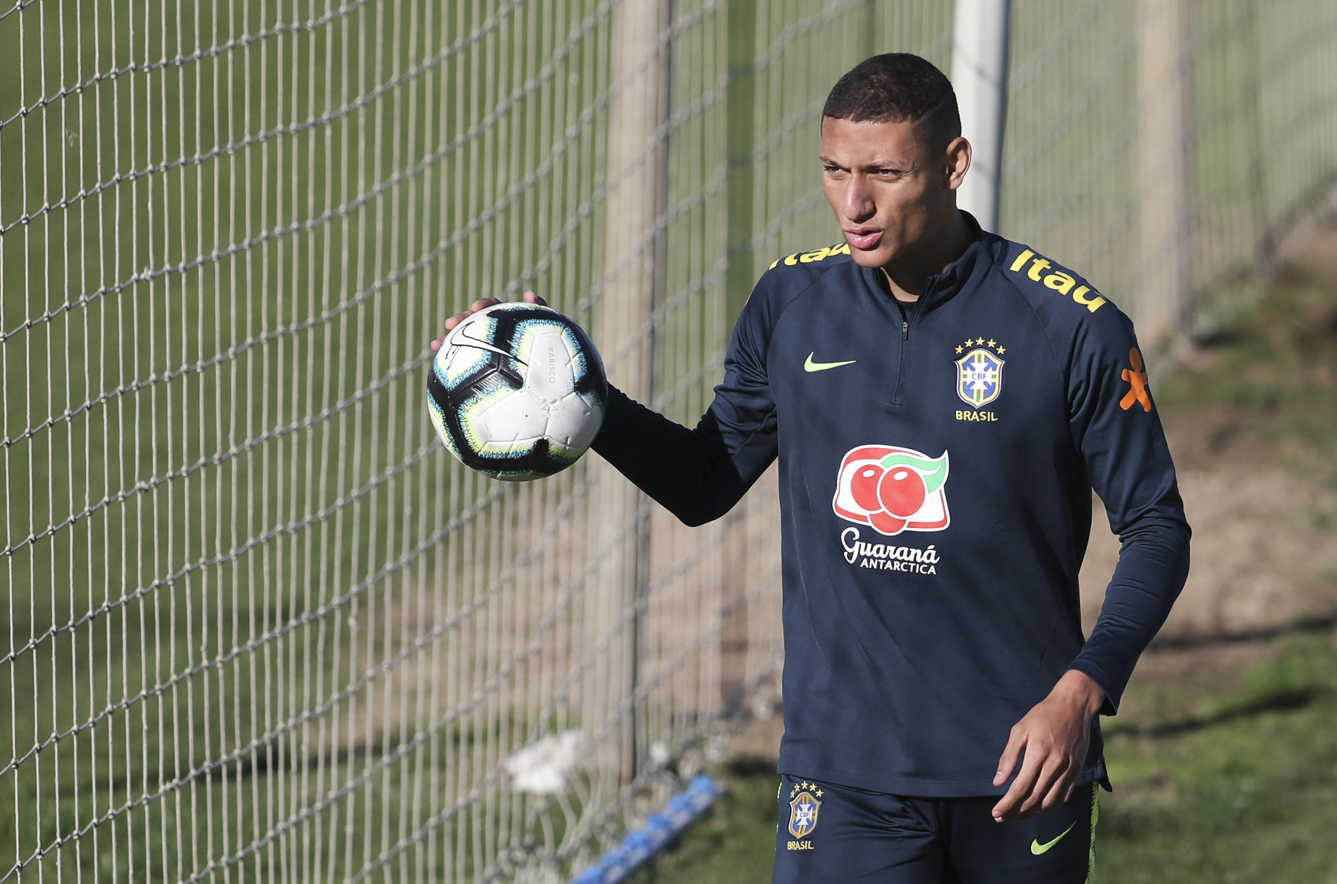 Recovering from mumps, Richarlison hopes to face Argentina
