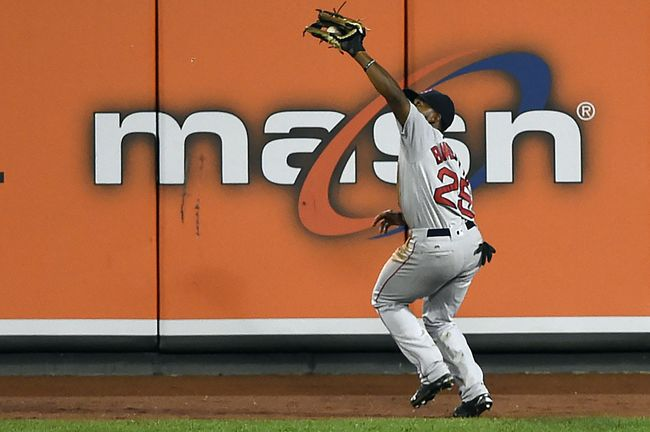 Red Sox: Who goes? Xander Bogaerts or Jackie Bradley?
