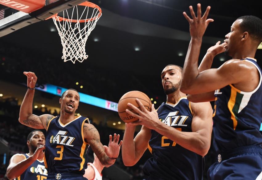 Utah Jazz: Injury Updates on George Hill, Rodney Hood vs Dallas Mavericks