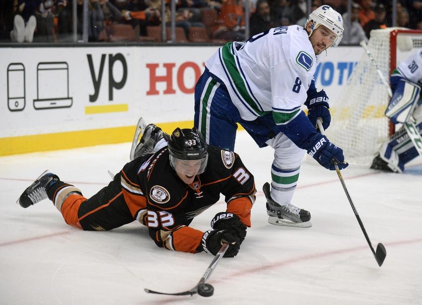 Vancouver Canucks D Chris Tanev Close to Returning