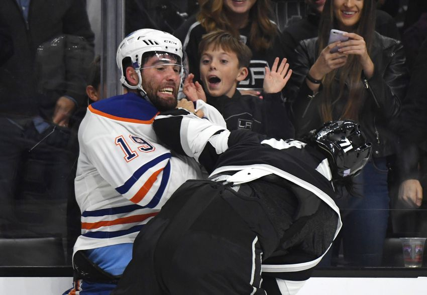 Edmonton Oilers Look for Win in Key Division Game