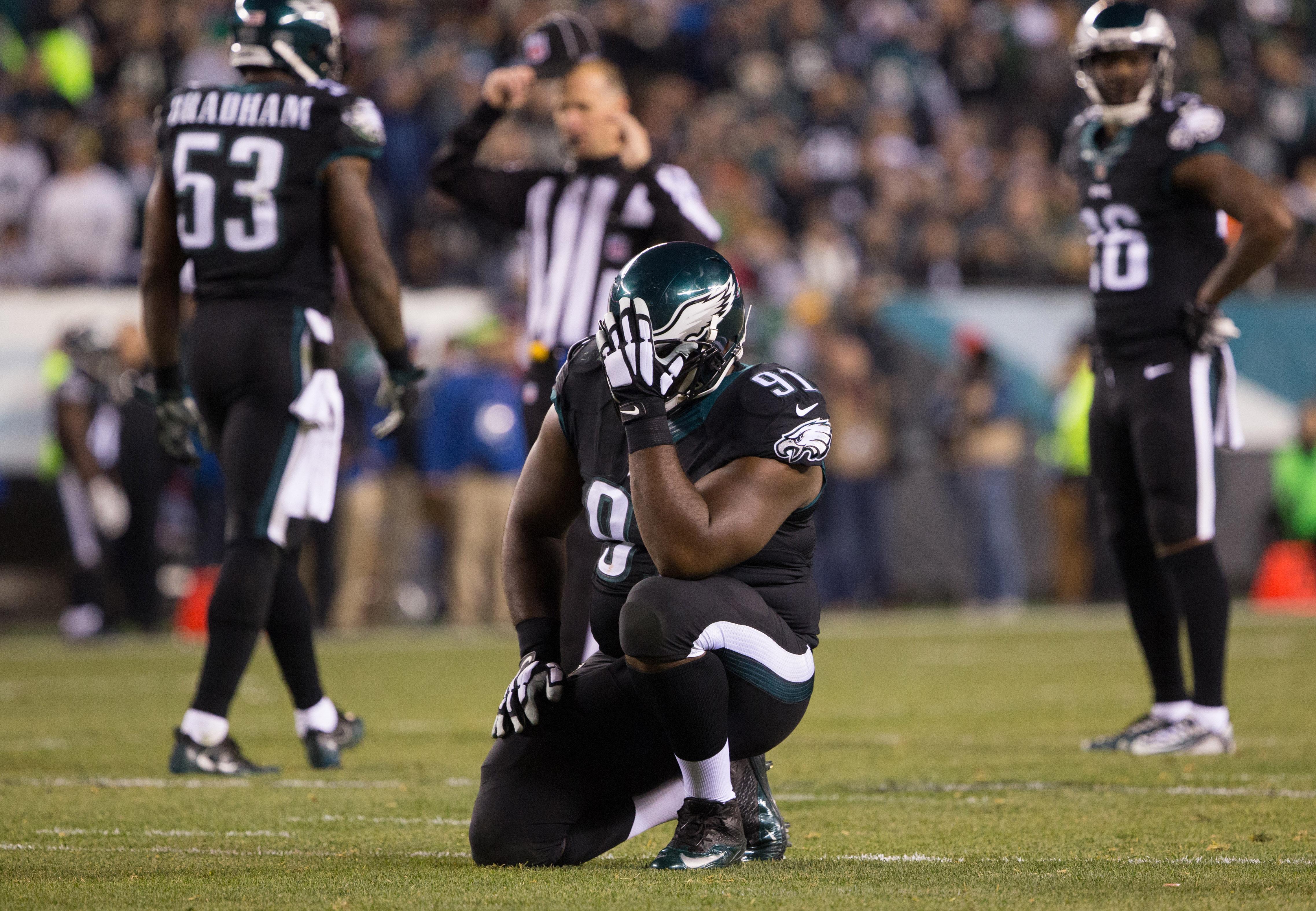 Philadelphia Eagles: Fletcher Cox setting a bad example