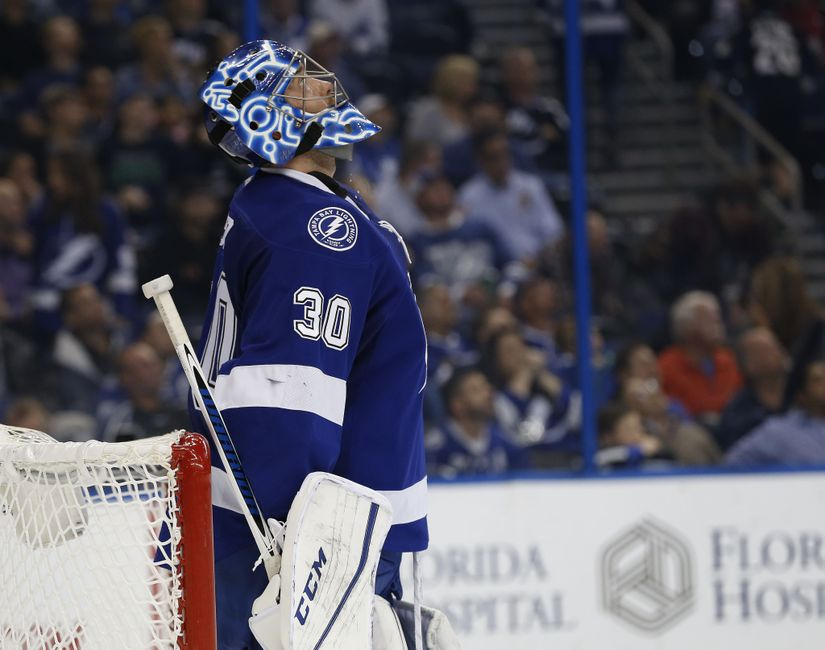Tampa Bay Lightning: 5 Reasons The Bolts Should Trade Ben Bishop