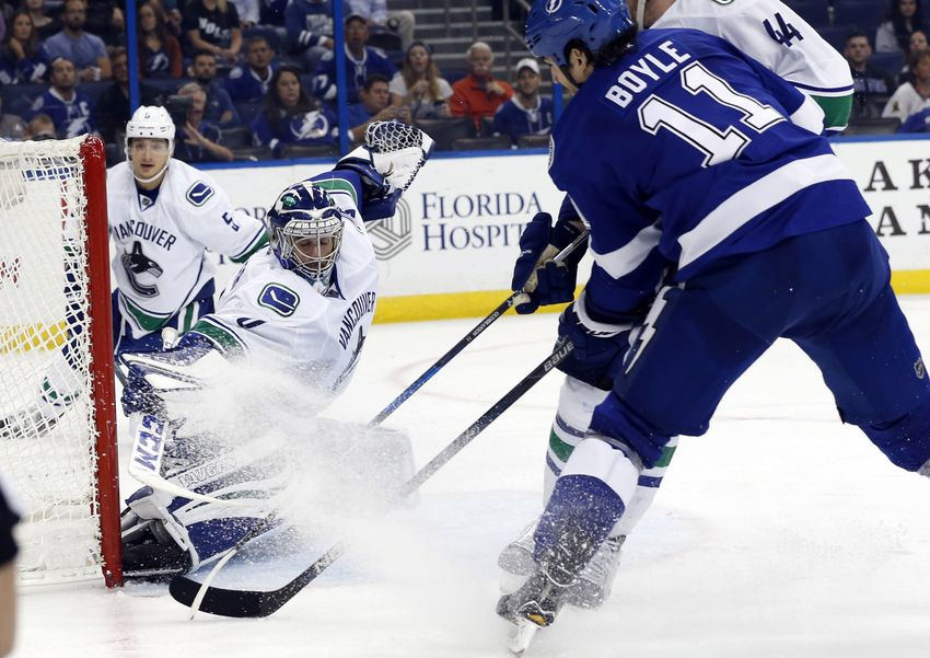 Tampa Bay Lightning Vs. Vancouver Canucks: Live Thread For Game No. 31