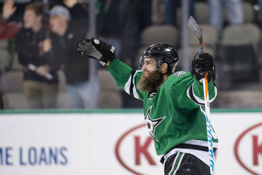 Dallas Stars Need To Sign Patrick Eaves To Longer Term