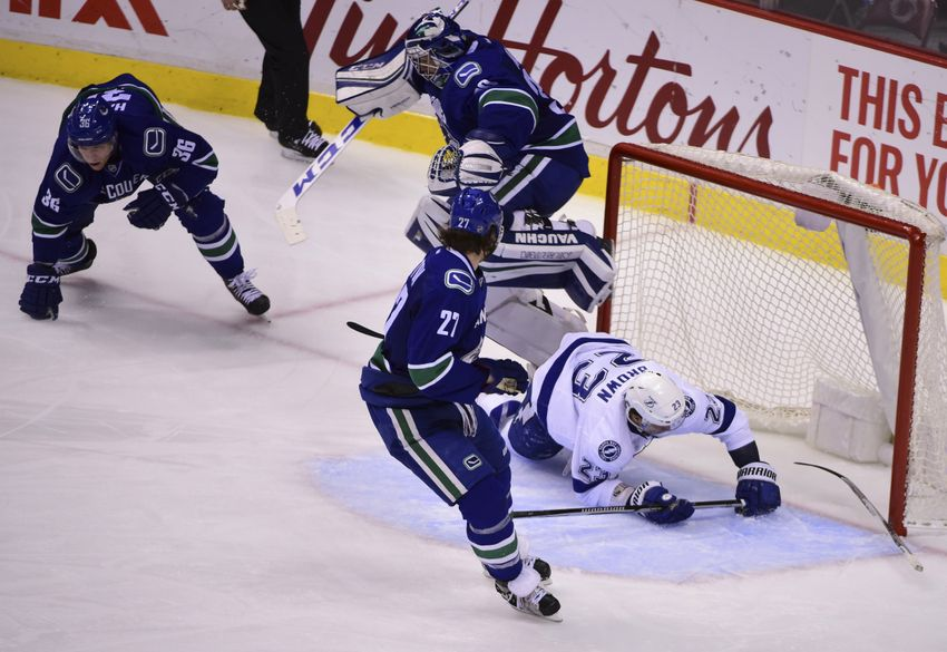Tampa Bay Lightning Fall In Season Finale Against Vancouver Canucks