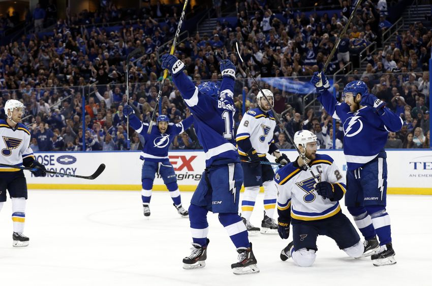 Tampa Bay Lightning Win 2nd Straight Game With Victory Over St. Louis Blues