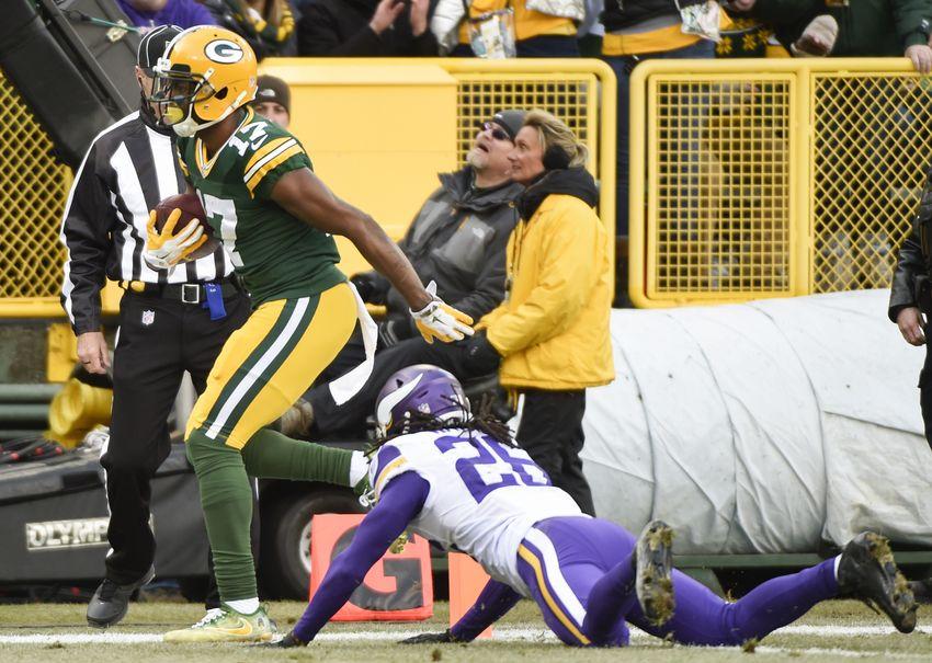 Minnesota Vikings fall to Packers 25-38 in week 16