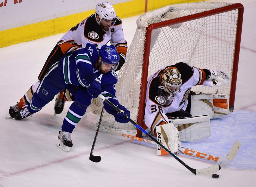 Vancouver Canucks: Week 13 Preview, Predictions
