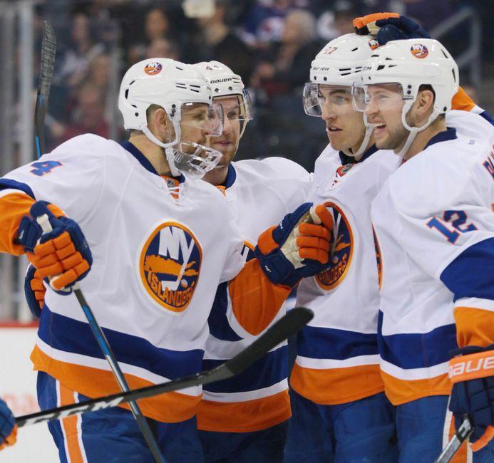 New York Islanders Hammer the Winnipeg Jets to End 2016