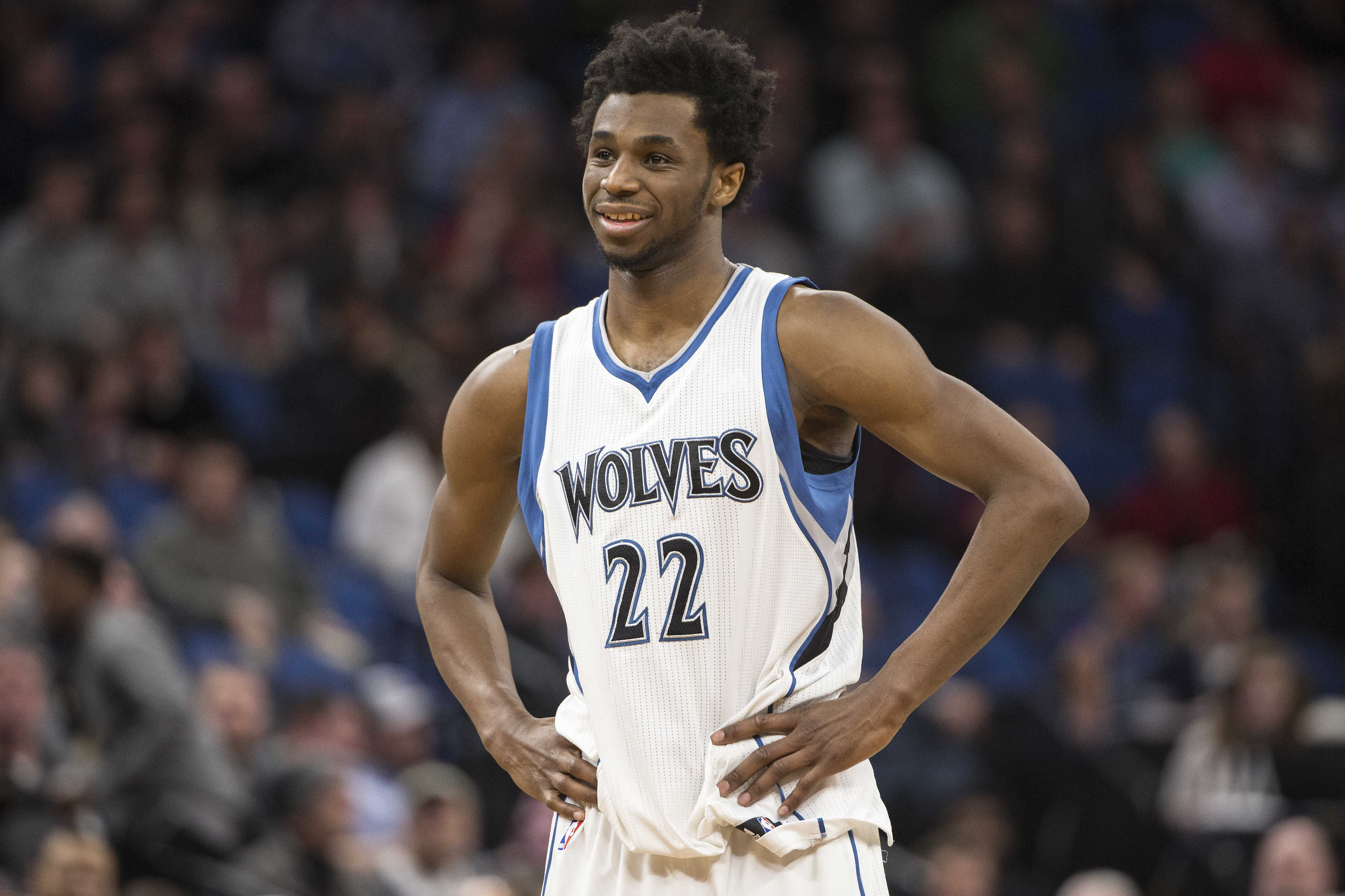 Andrew Wiggins throws down vicious dunk over Nikola Vucevic (Video)