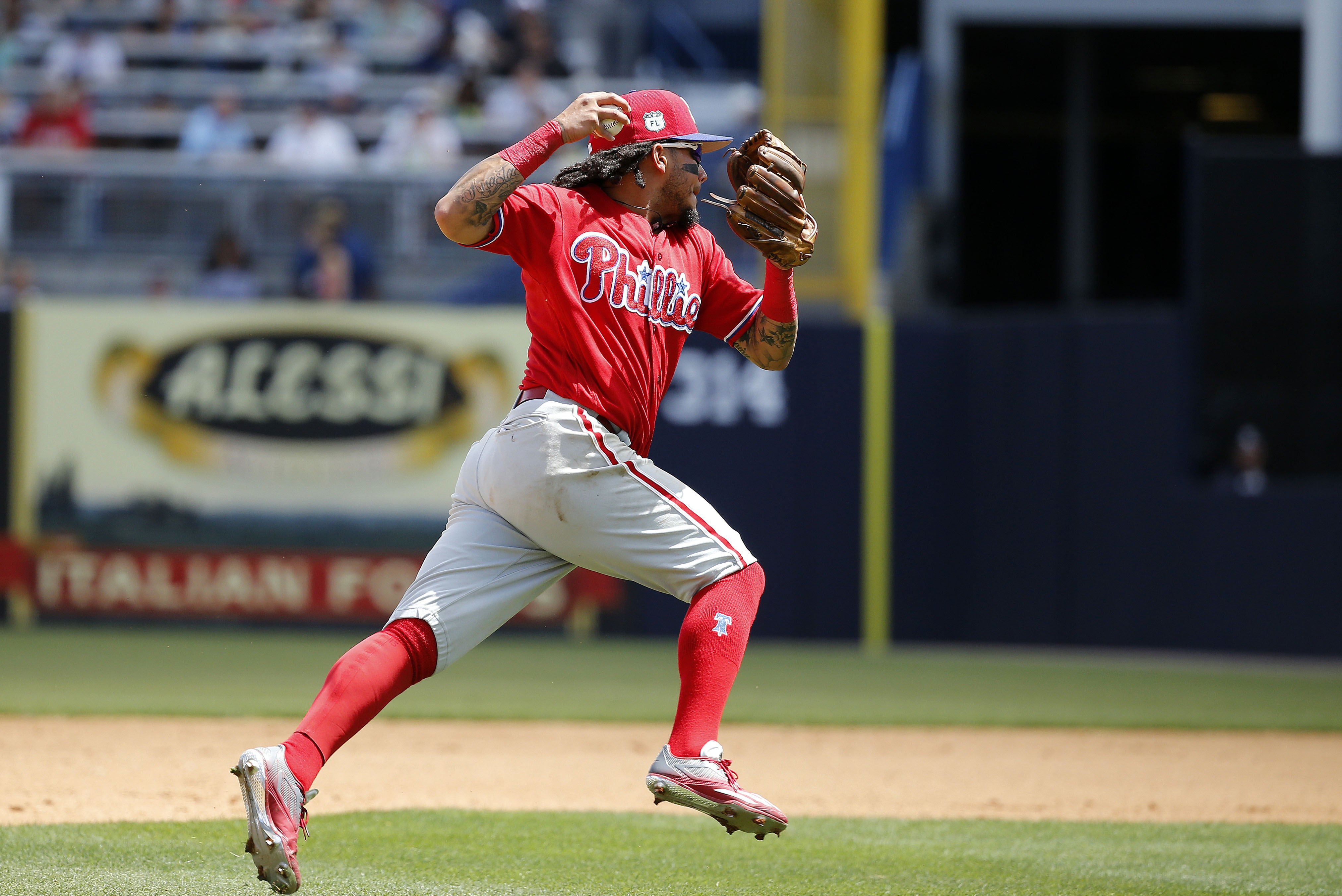 Philadelphia Phillies: Where Does Freddy Galvis Fit in with Team's Future?