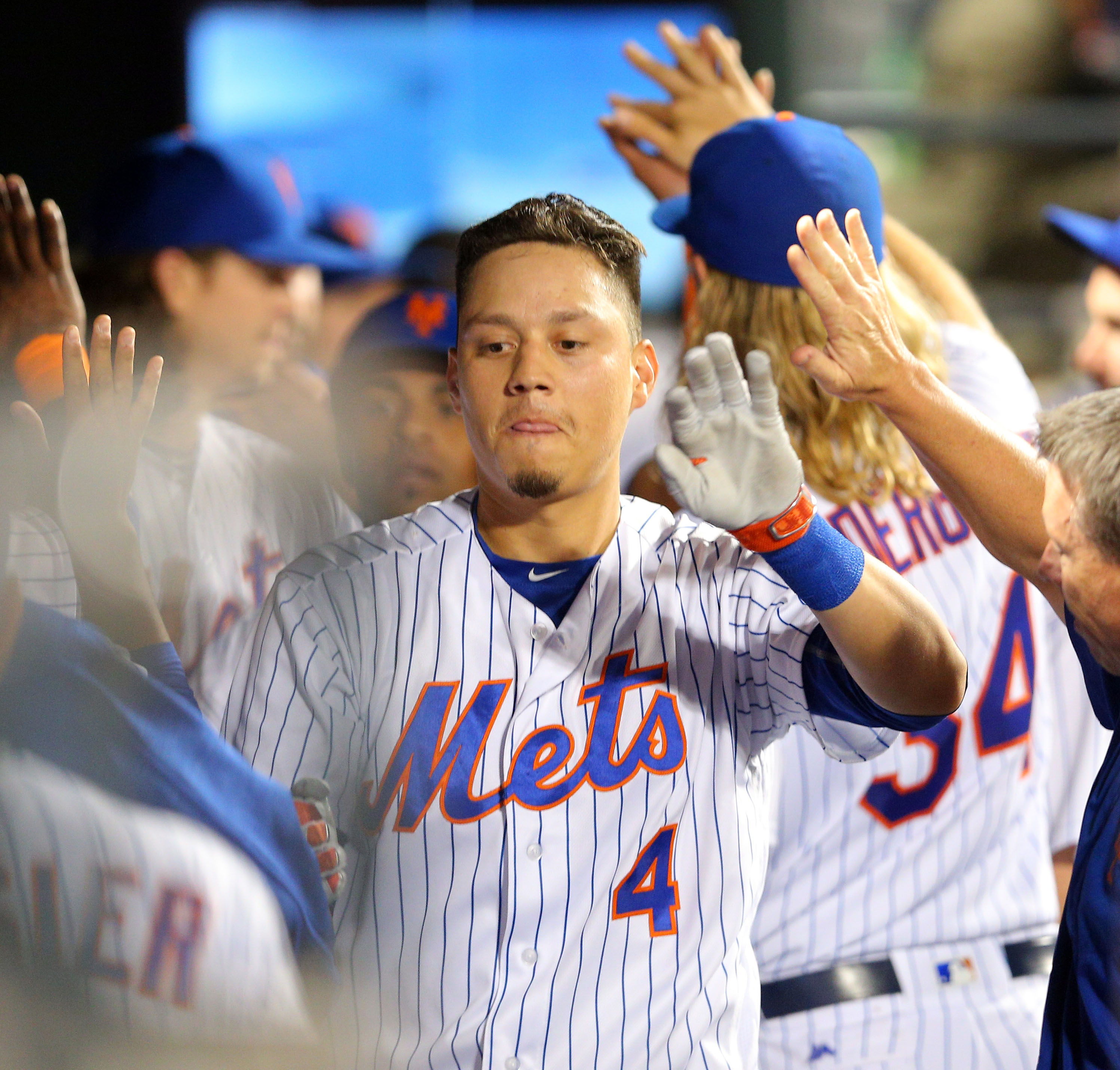 "Mets are ""built on pitching"" acknowledges Wilmer Flores"