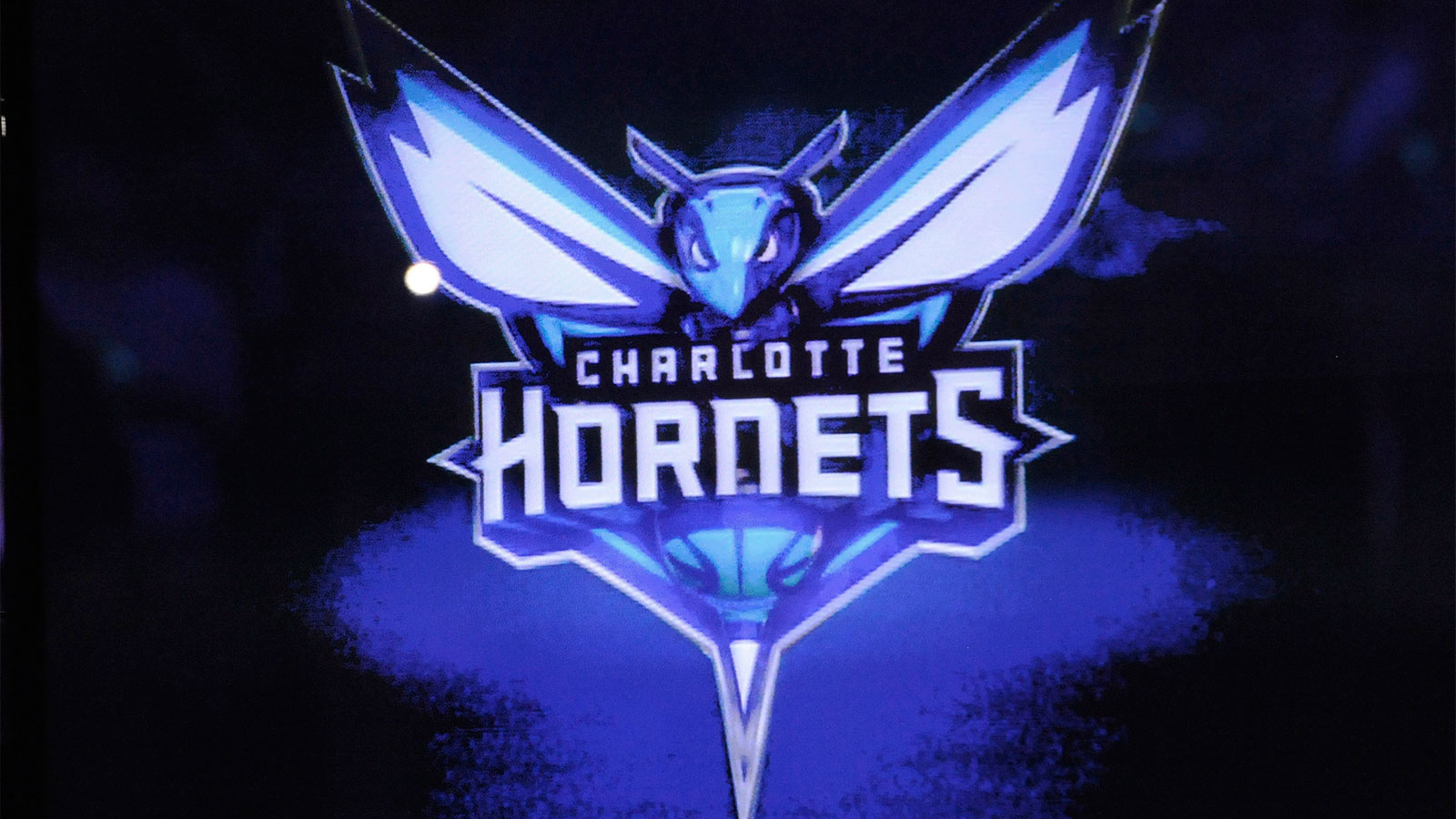 Hornets announce arena to be renamed Spectrum Center