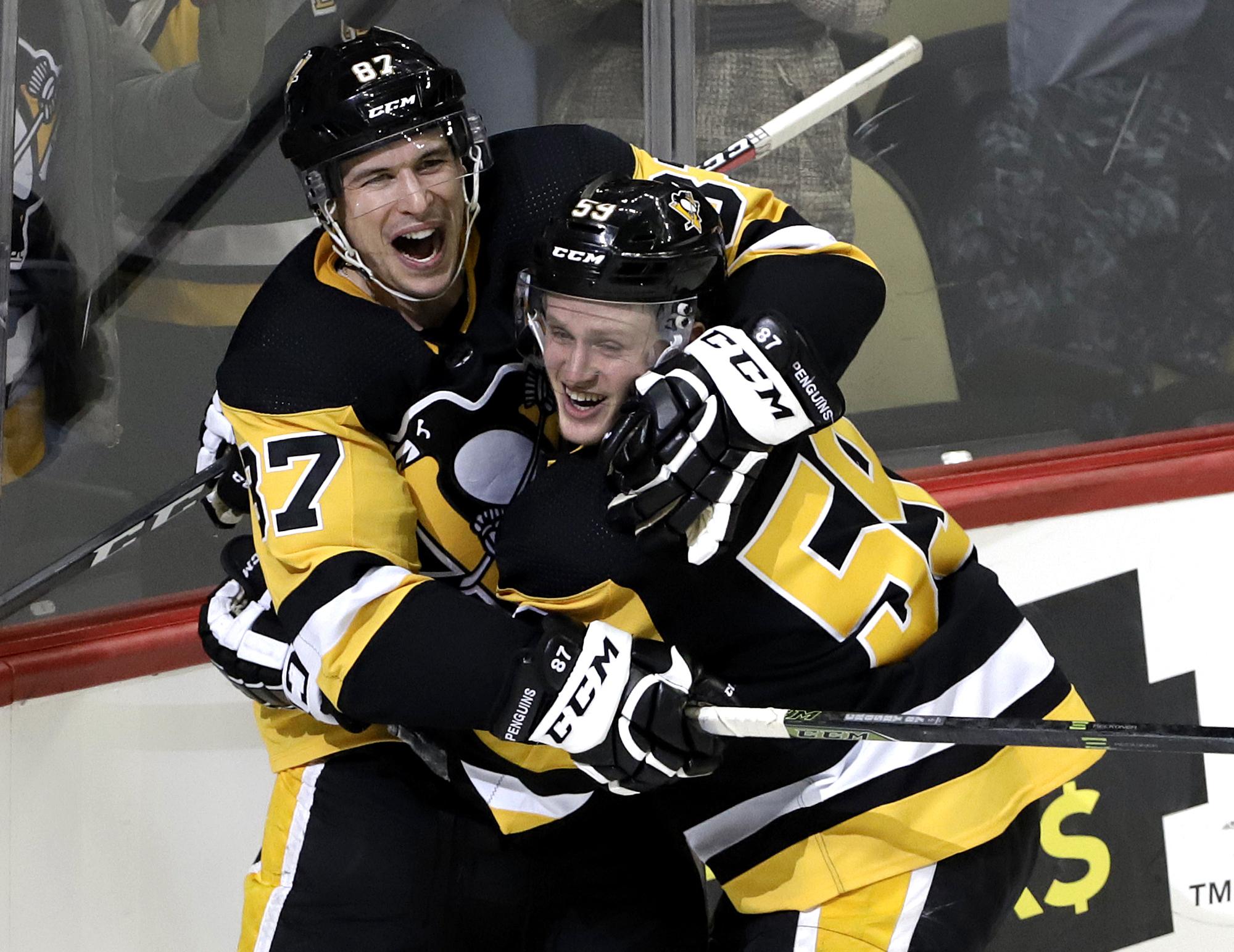 Guentzel's OT winner lifts Penguins over Panthers 3-2