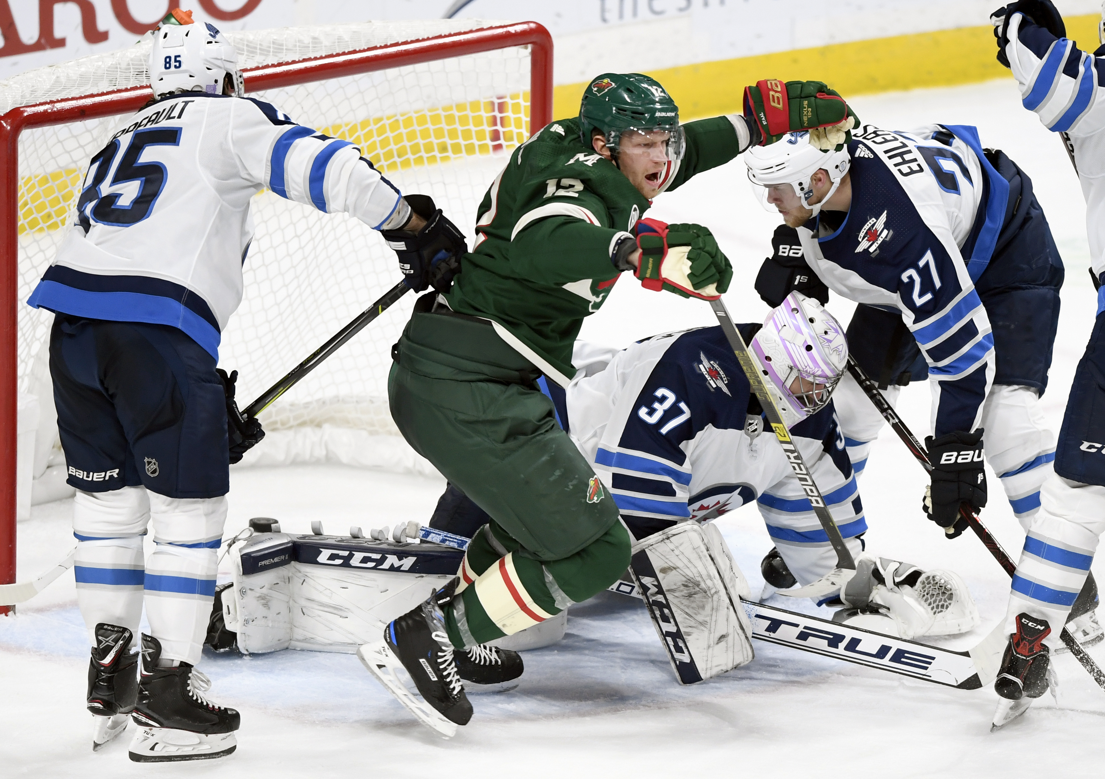 Staal caps Wild comeback in 4-2 win against Jets