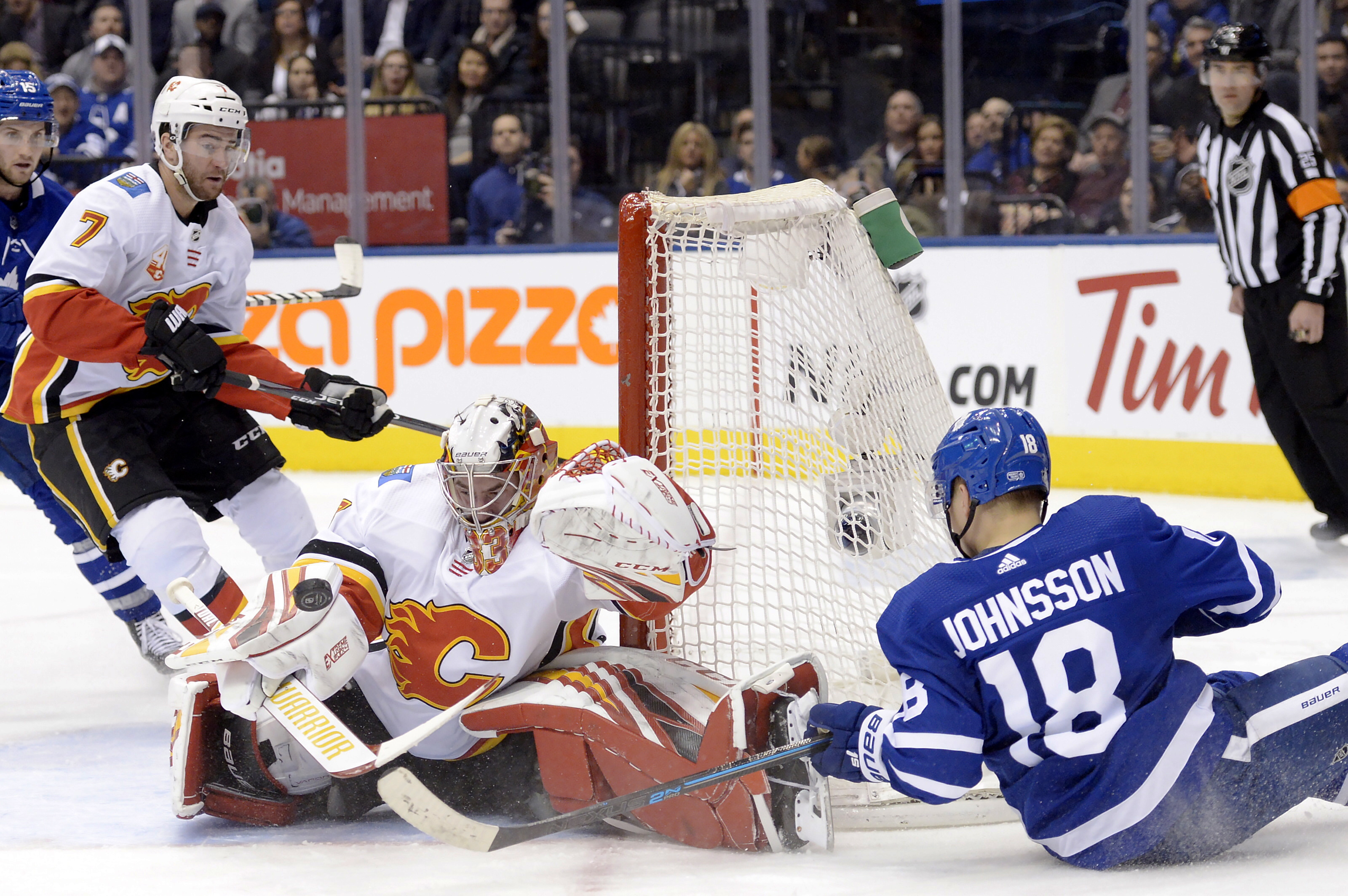 Tkachuk's SO goal lifts Flames past Maple Leafs 2-1