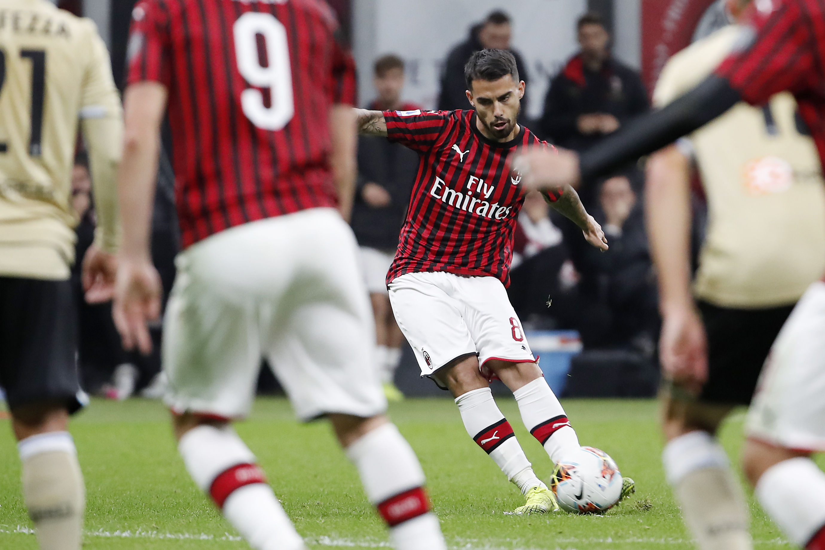 Suso's goal lifts AC Milan to 1st win under Pioli