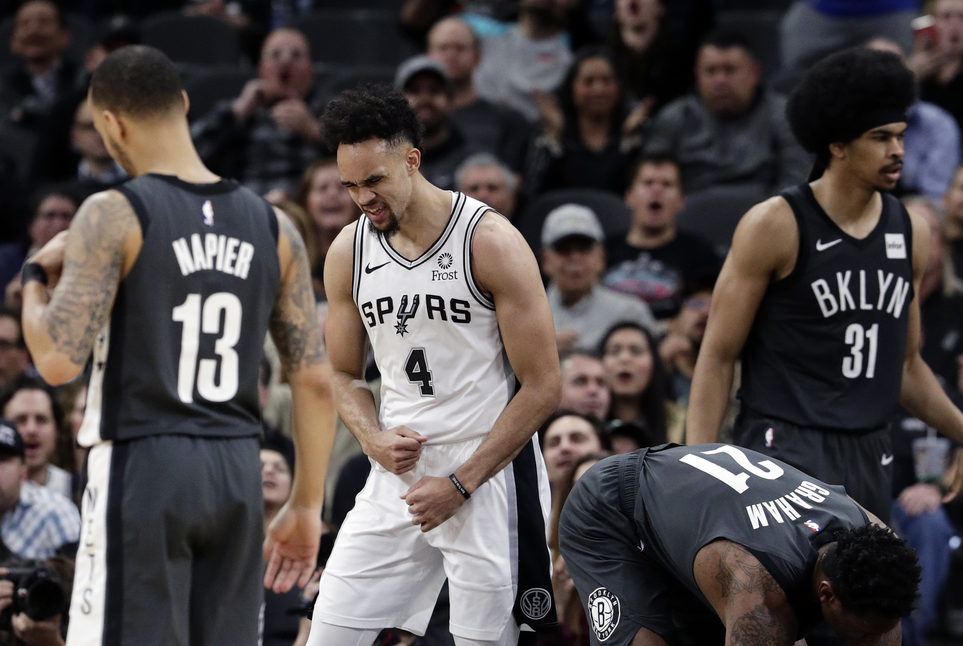 Derrick White's career night leads Spurs past Nets, 117-114