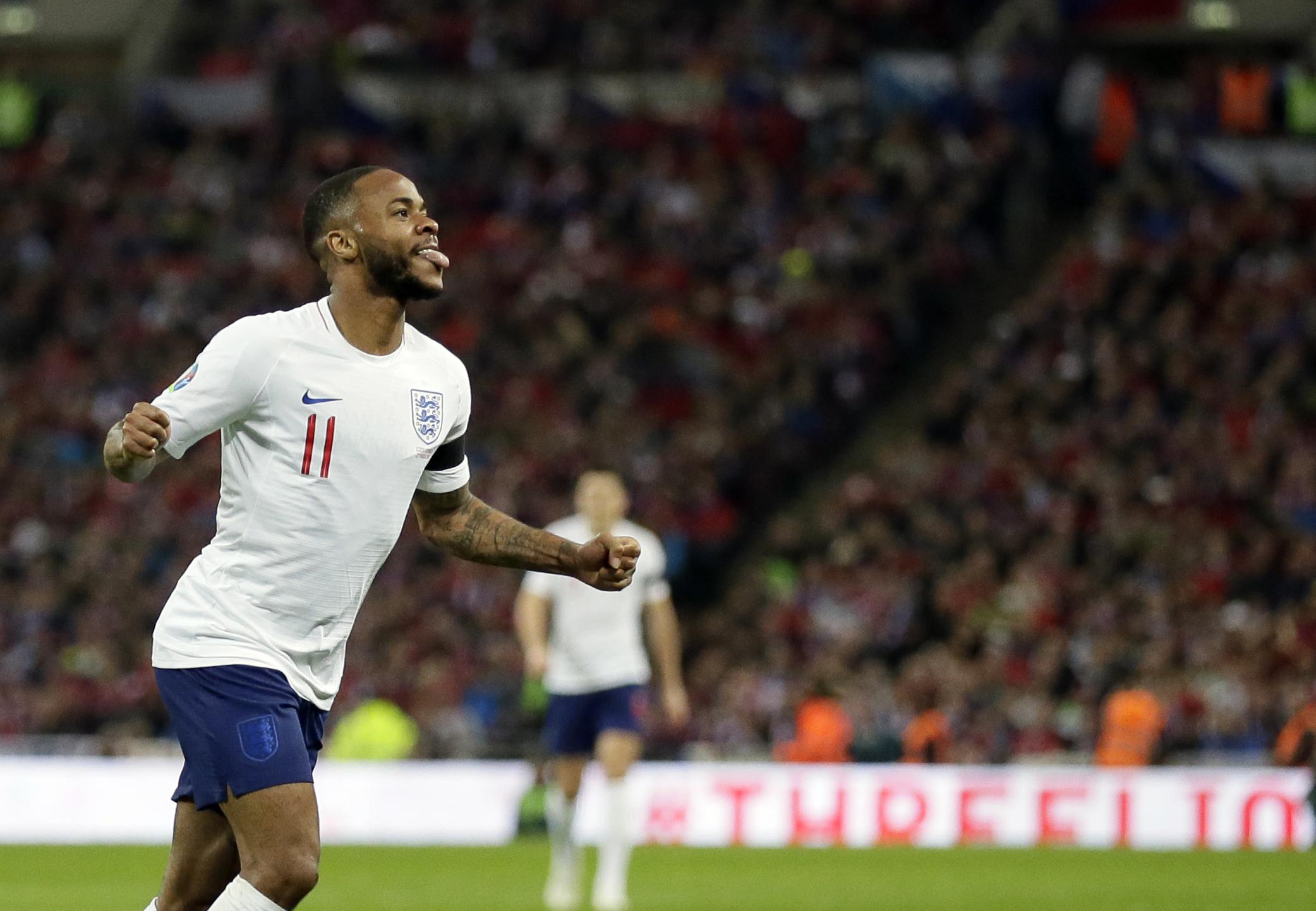 Sterling scores hat trick, England beats Czech Republic 5-0