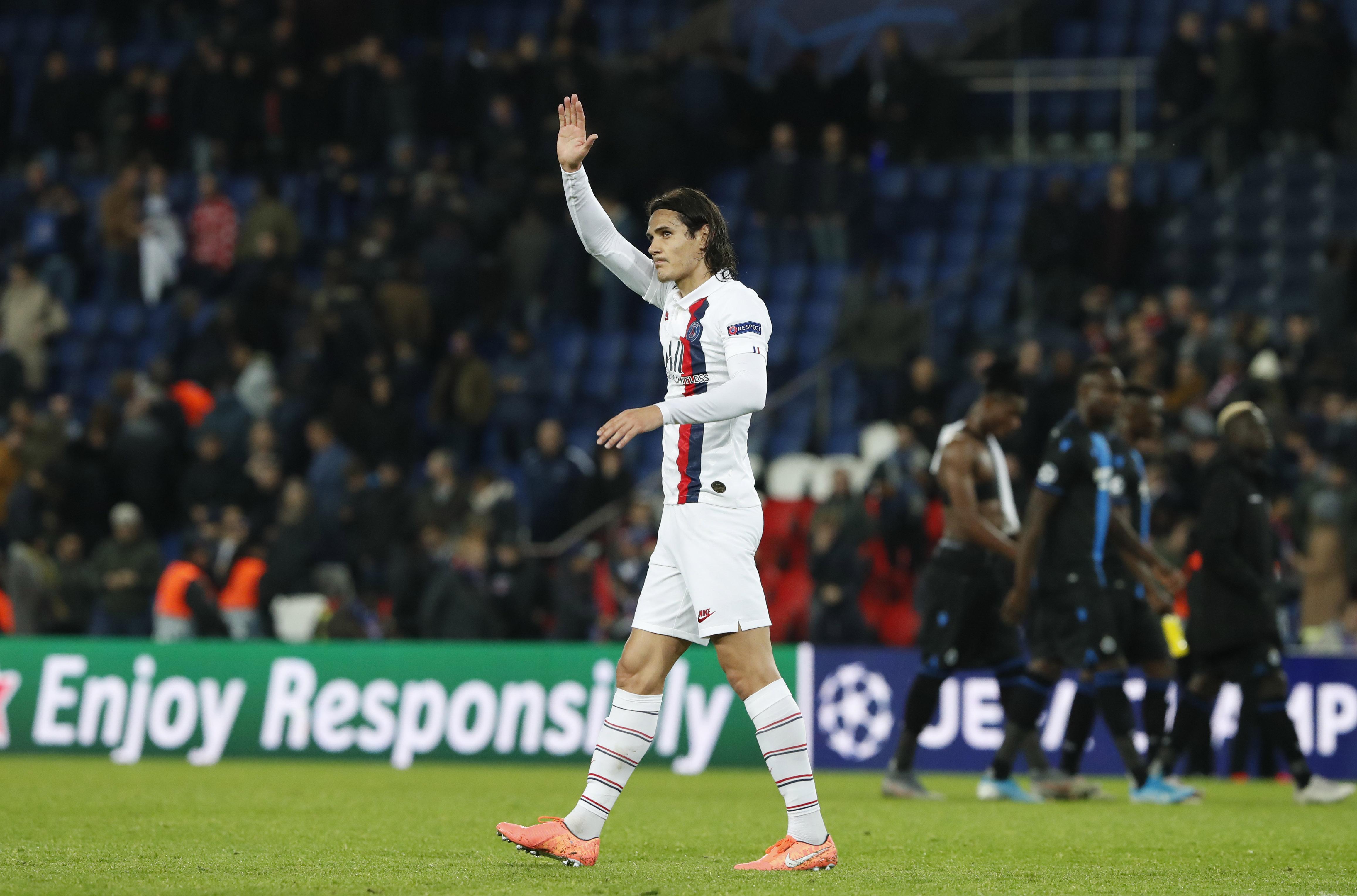 Cavani facing prospect of losing PSG starting spot to Icardi