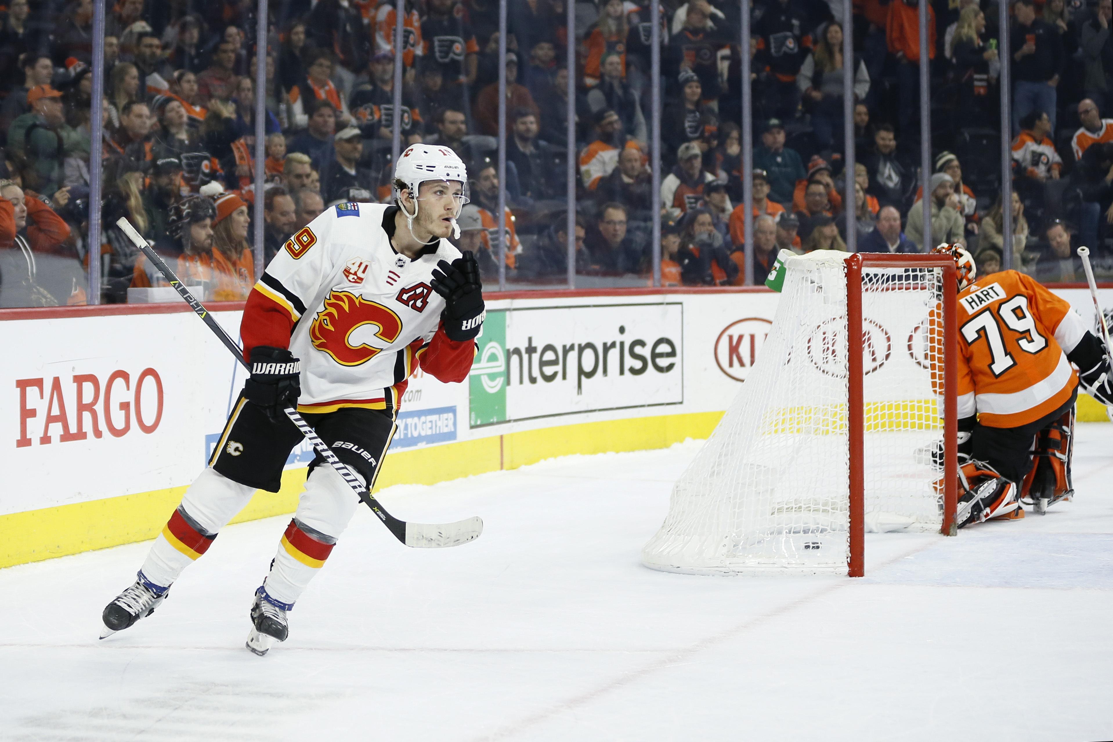 Tkachuk's shootout goal helps Flames top Flyers, end skid