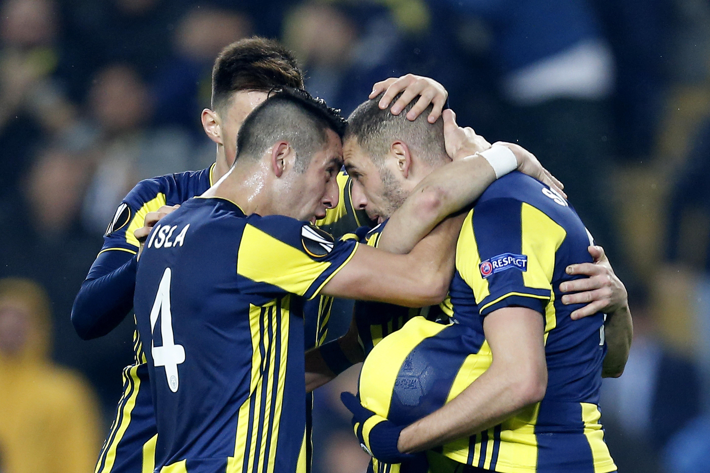 Fenerbahce beats Zenit in 1st leg of Europa League last 32